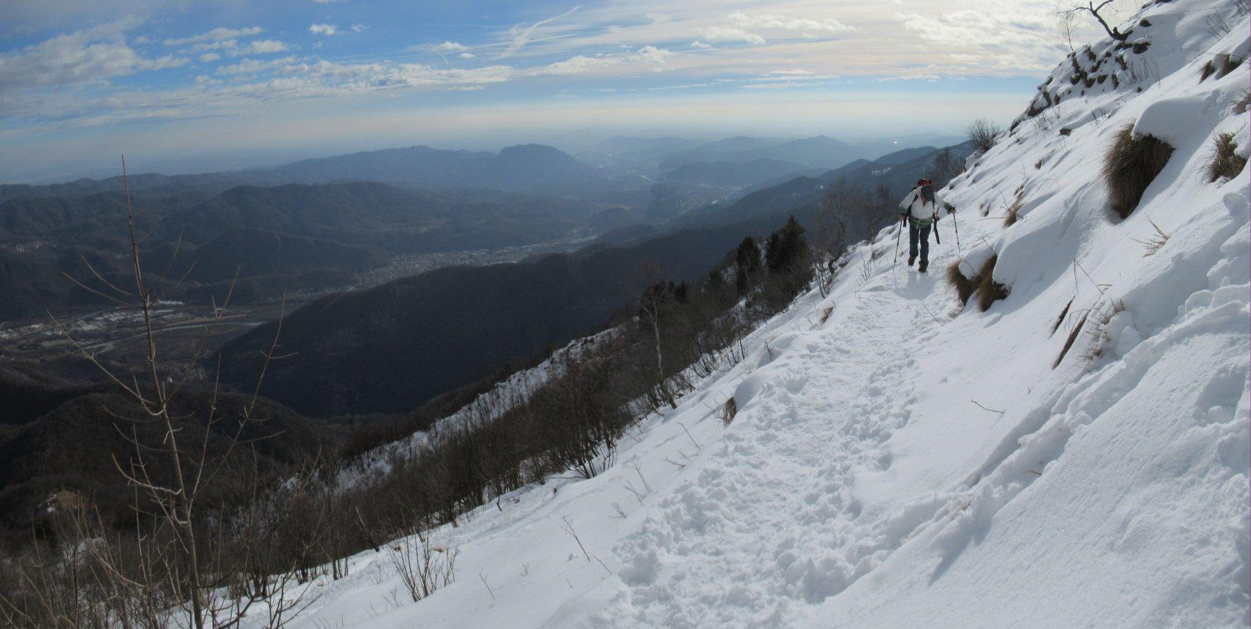 Panorama verso la bassa valle