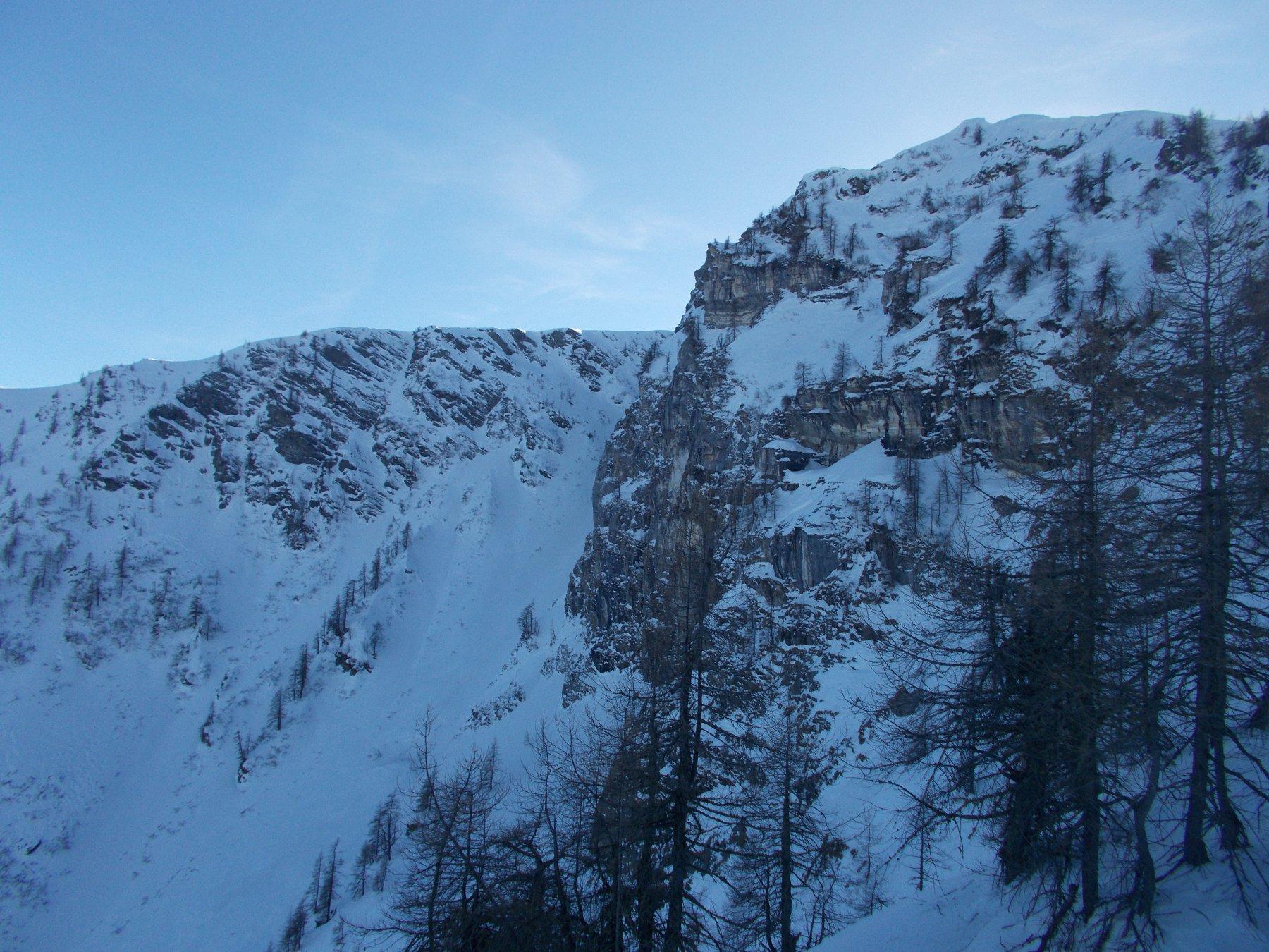 parte alta del canale dalla cresta nord della Rocca Bianca..