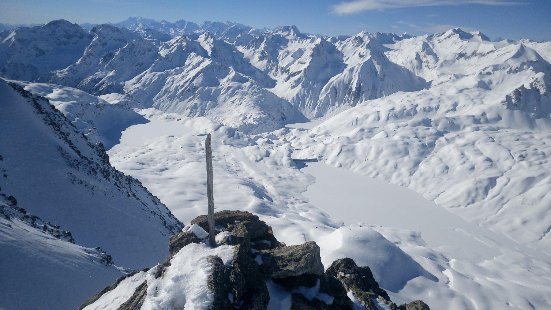 Vista dalla cima verso Val Formazza