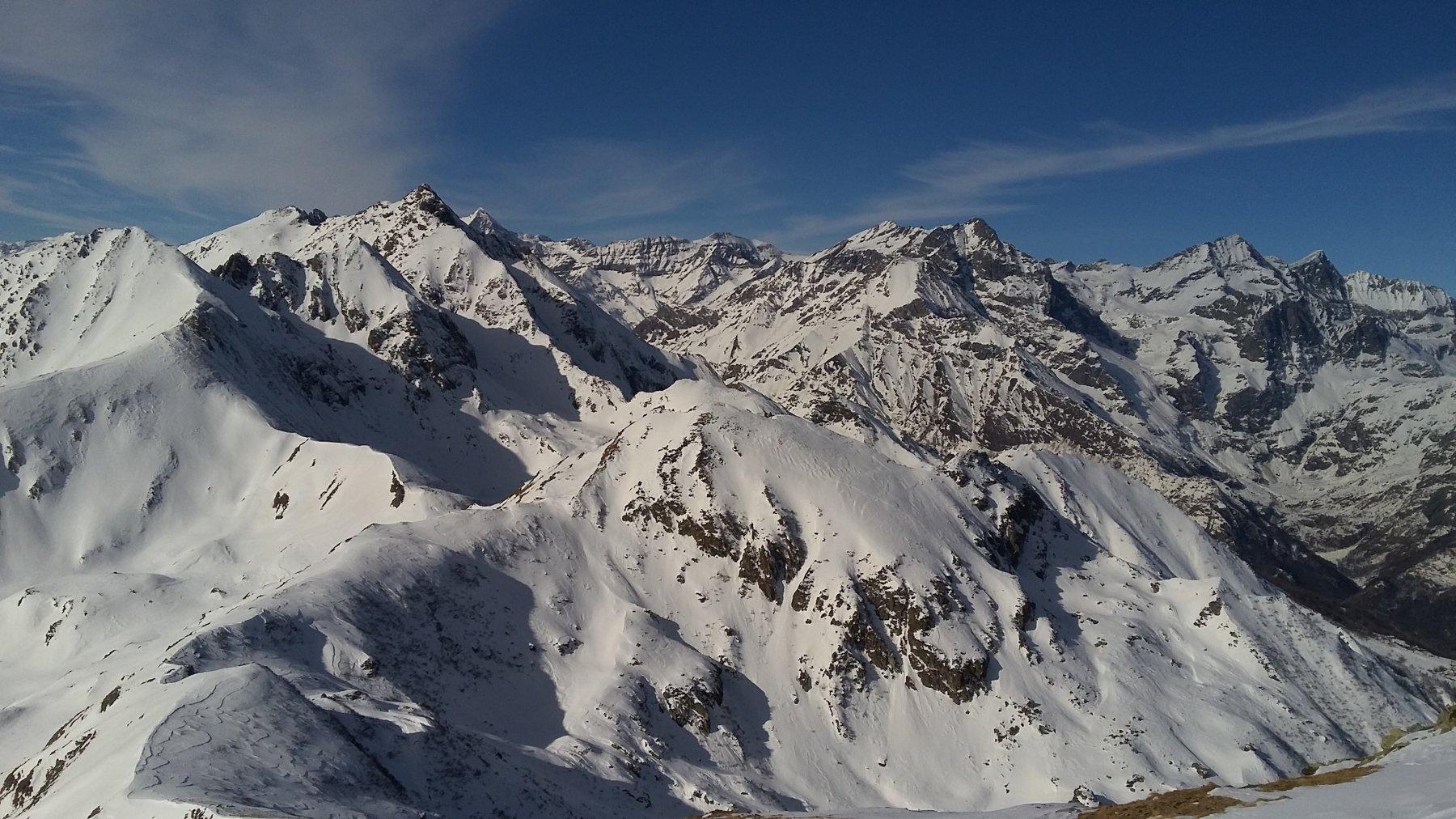 pochissima neve in alto