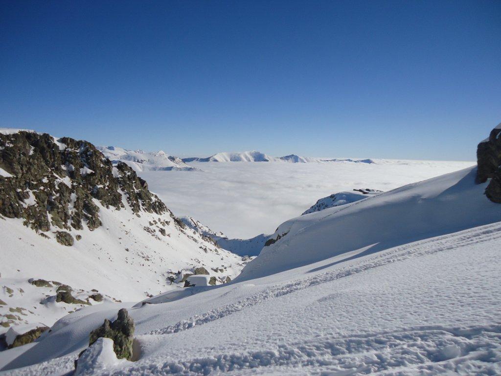 Mare di nubi salendo