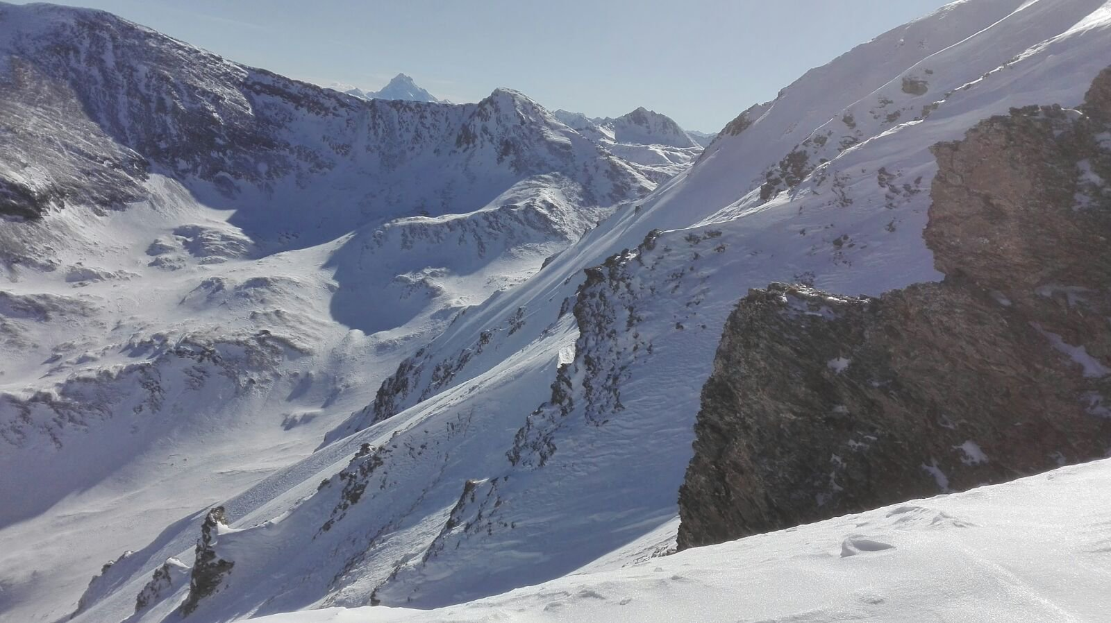 uno sguardo al vallone dell' Albergian, con Monviso