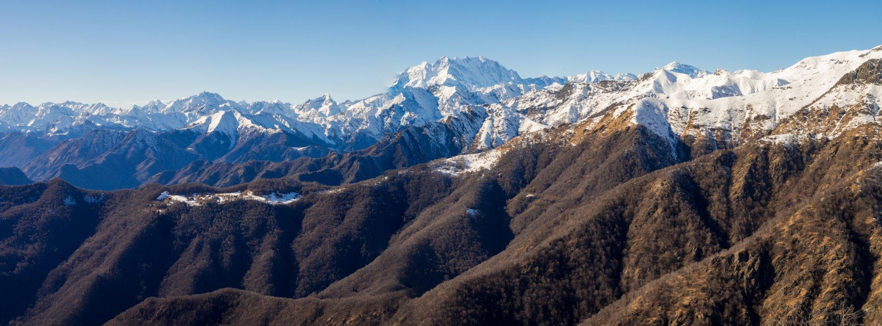 Panorama dal monte Ostano (massiccio del Rosa!)