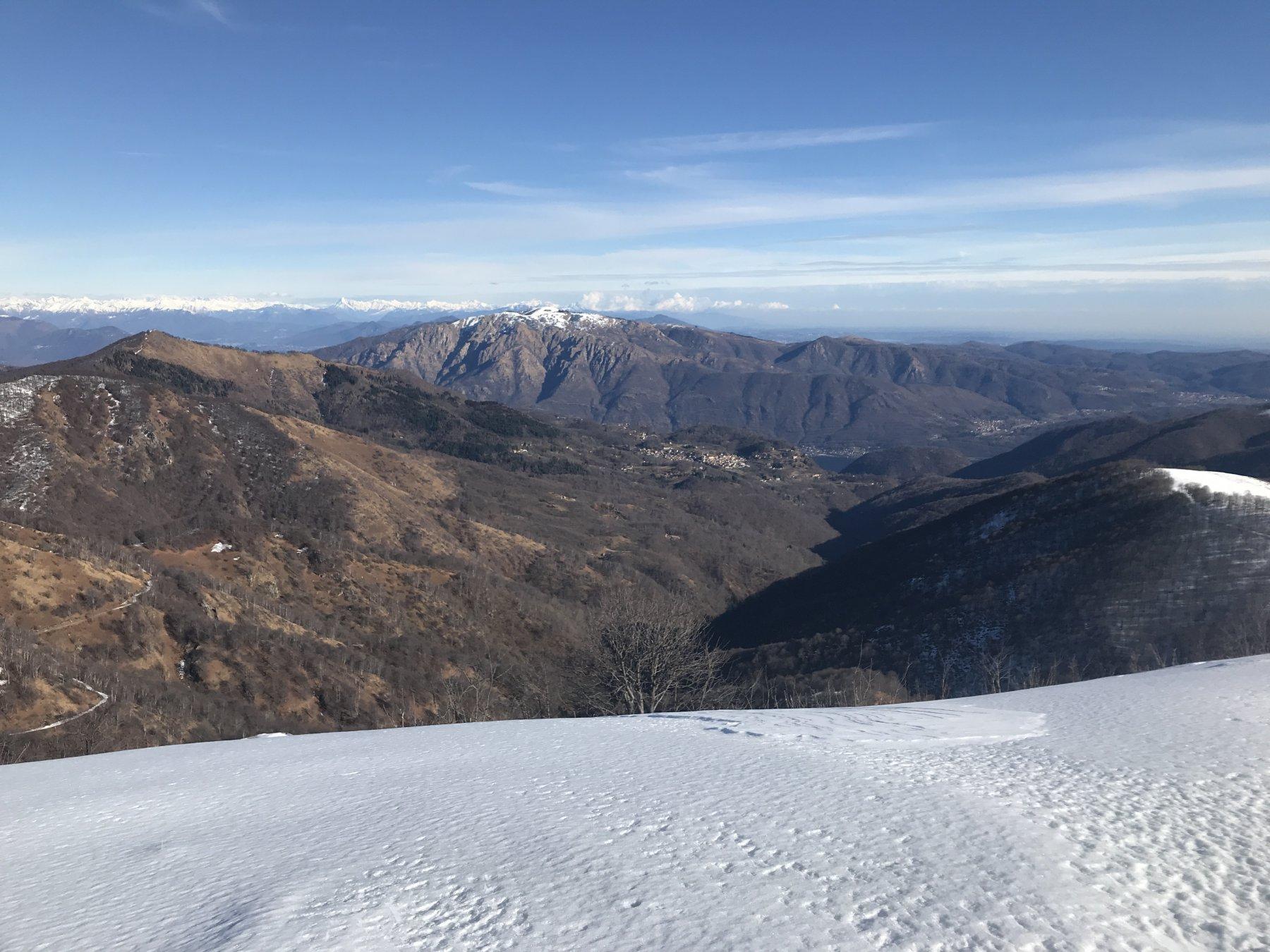 Il lago d'Orta dal monte Ostano