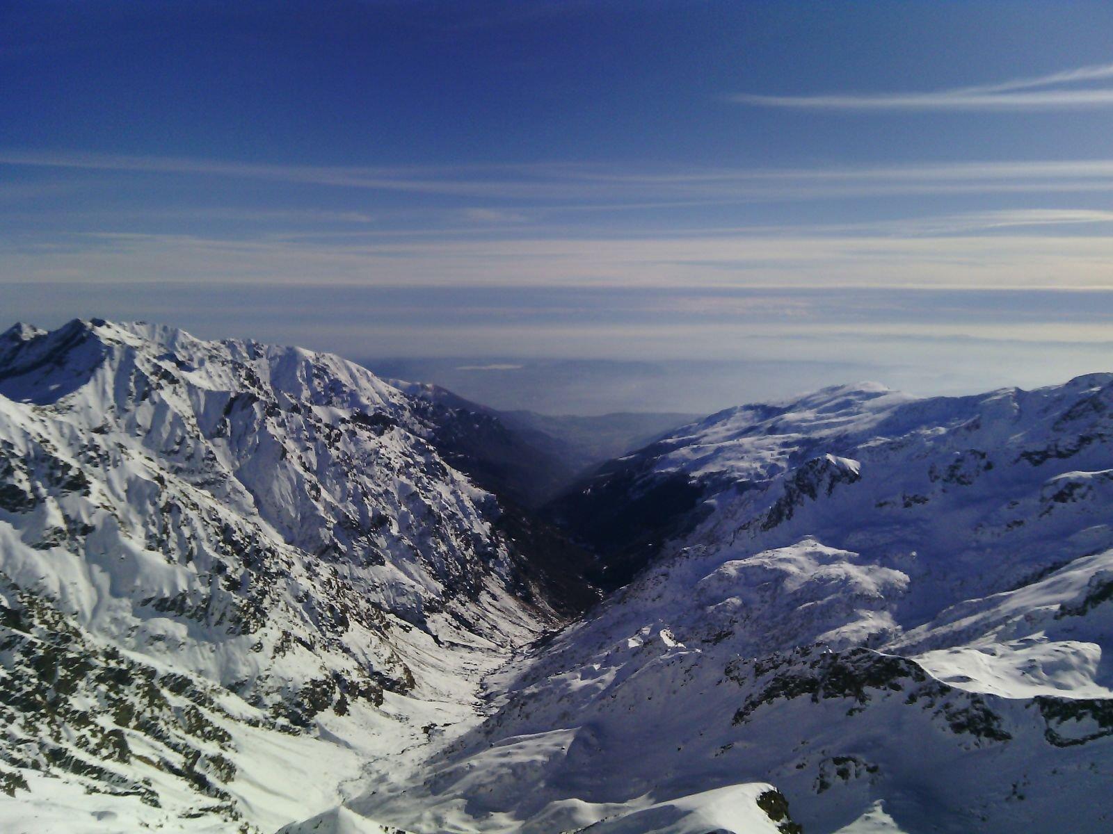 Il vallone di salita dalla cima