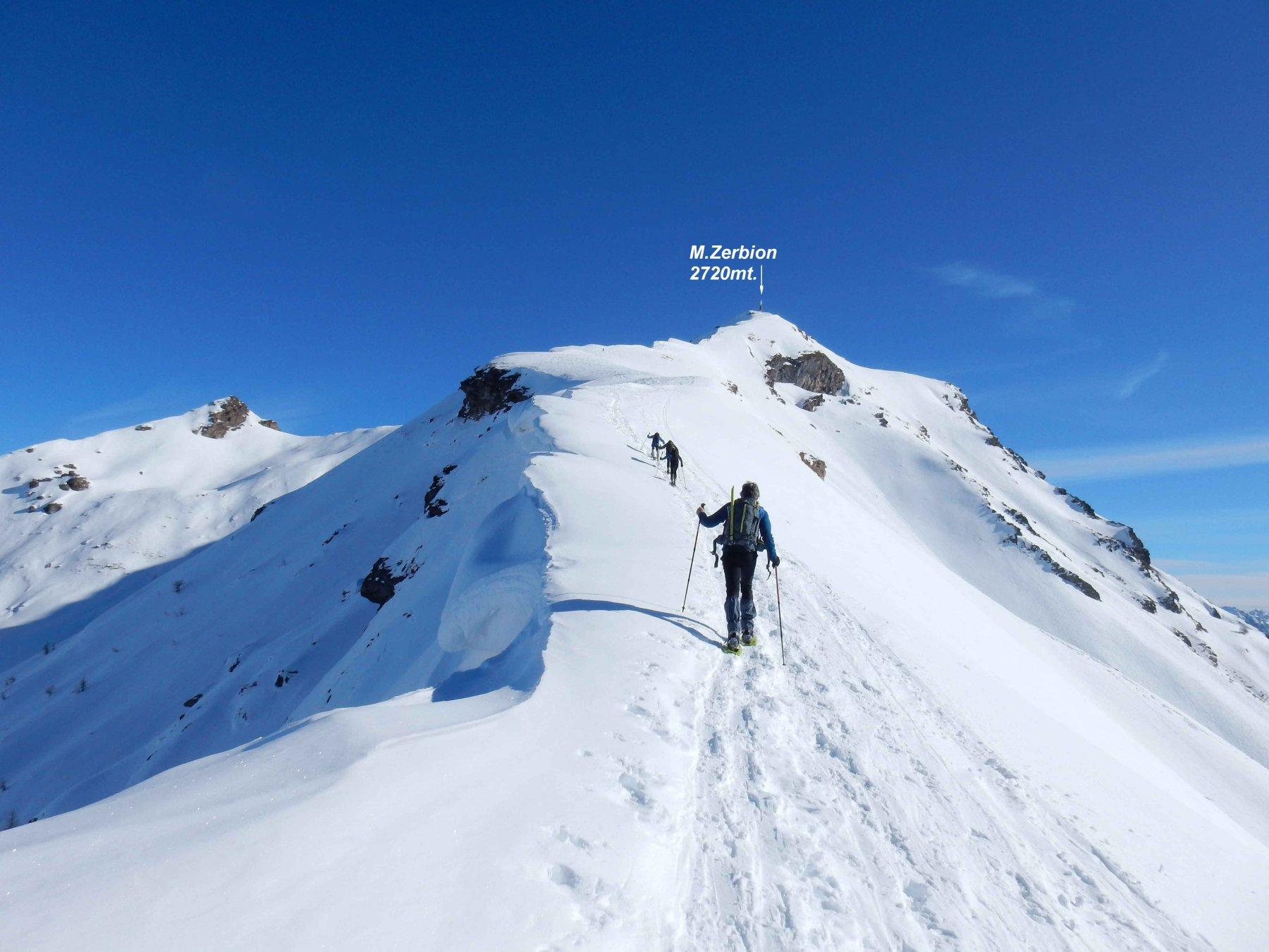 Sulla panoramica cresta finale che porta al M.Zerbion.