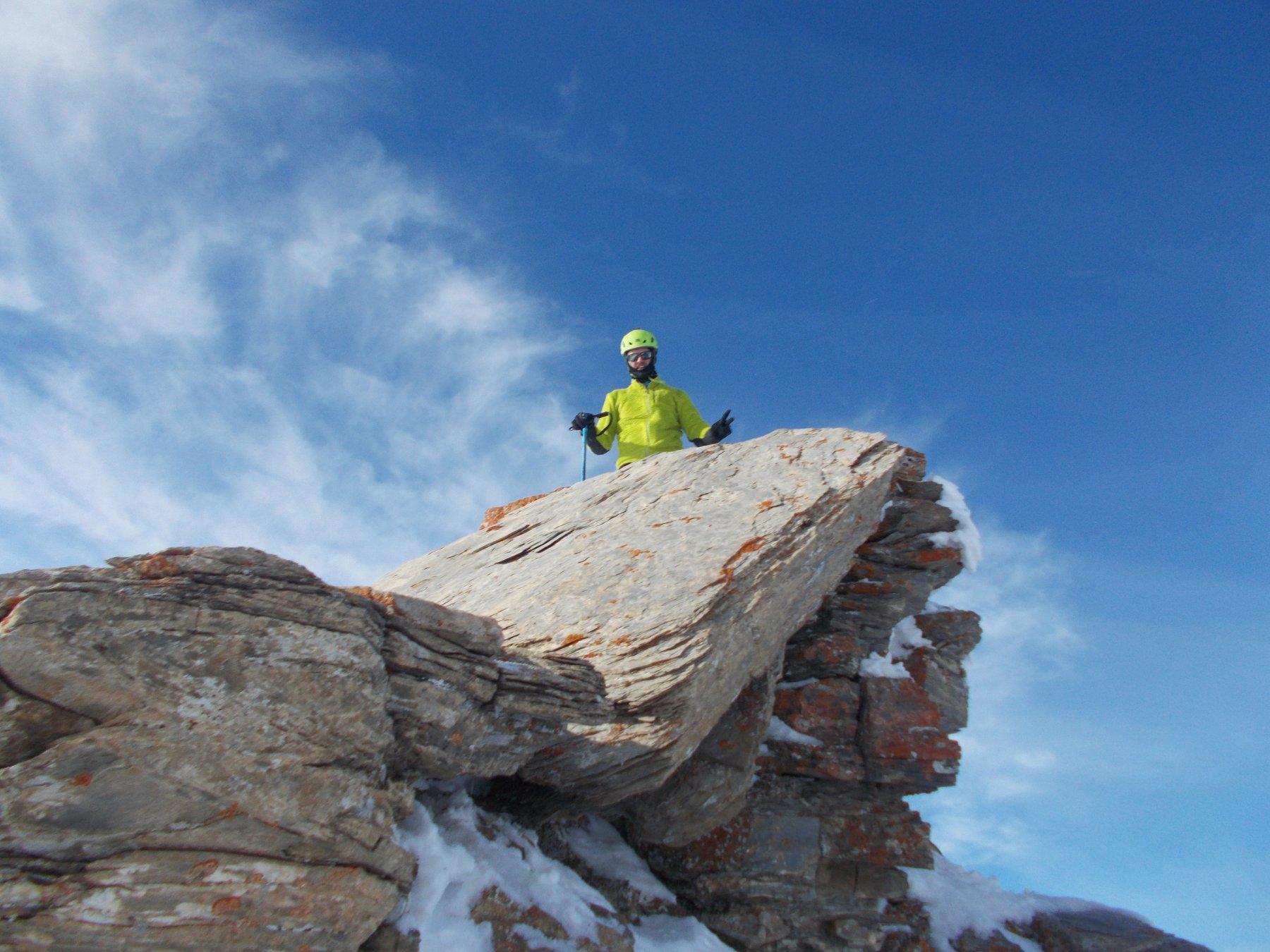 Marco in cima al Castelletto della Barsin..breve tratto roccioso salito e sceso con tecnica dry-tooling