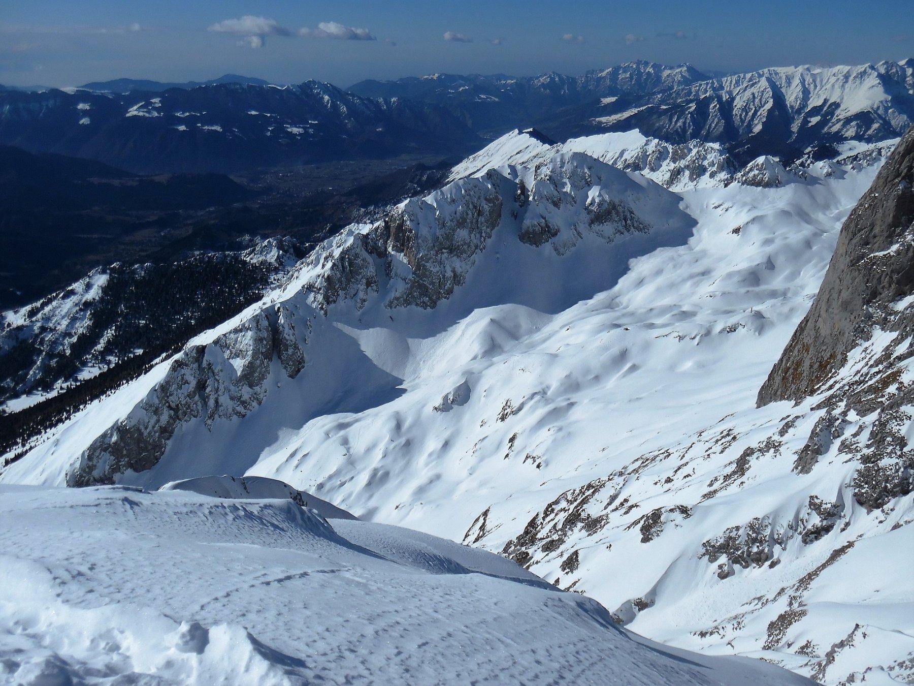 Il Corzene e la Valle dell'ombra dalla cima del Visòlo