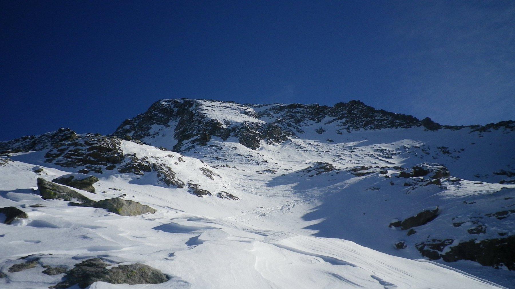 La cima e la prima parte di discesa. Di qui in giù, 800 mt di battaglia