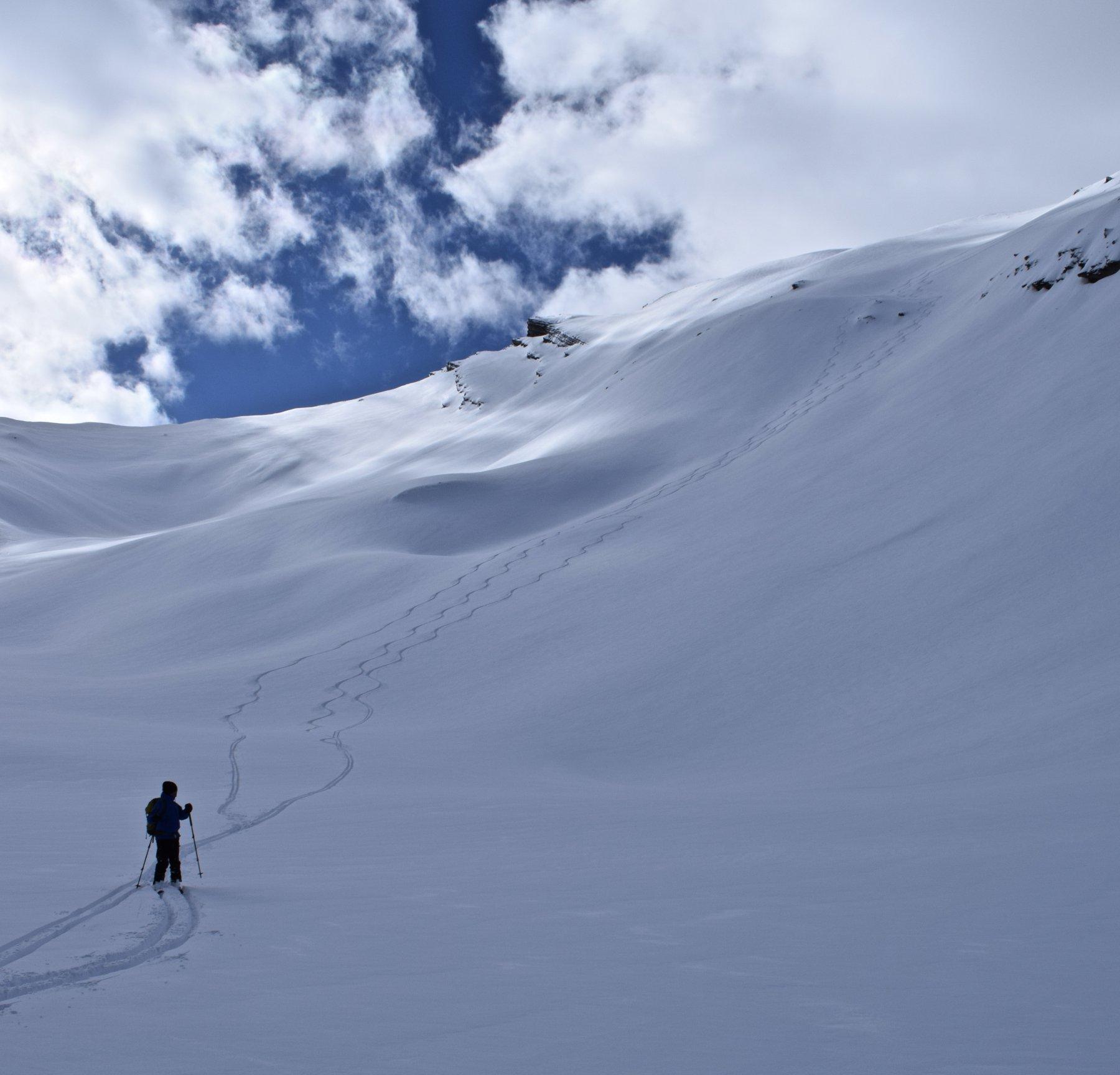 discesa nel vallone des vaches richiede neve assolutamente sicura