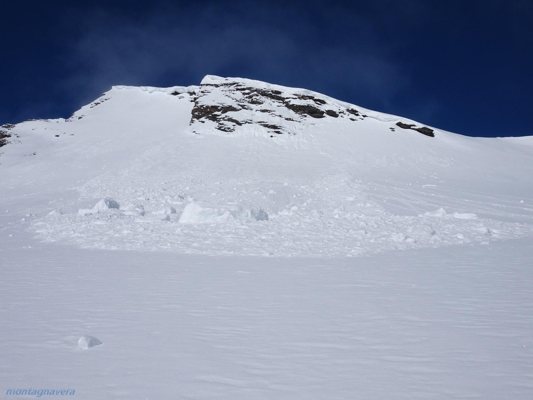 verso i 2700m slavina innescata dalla Cengia della cresta finale