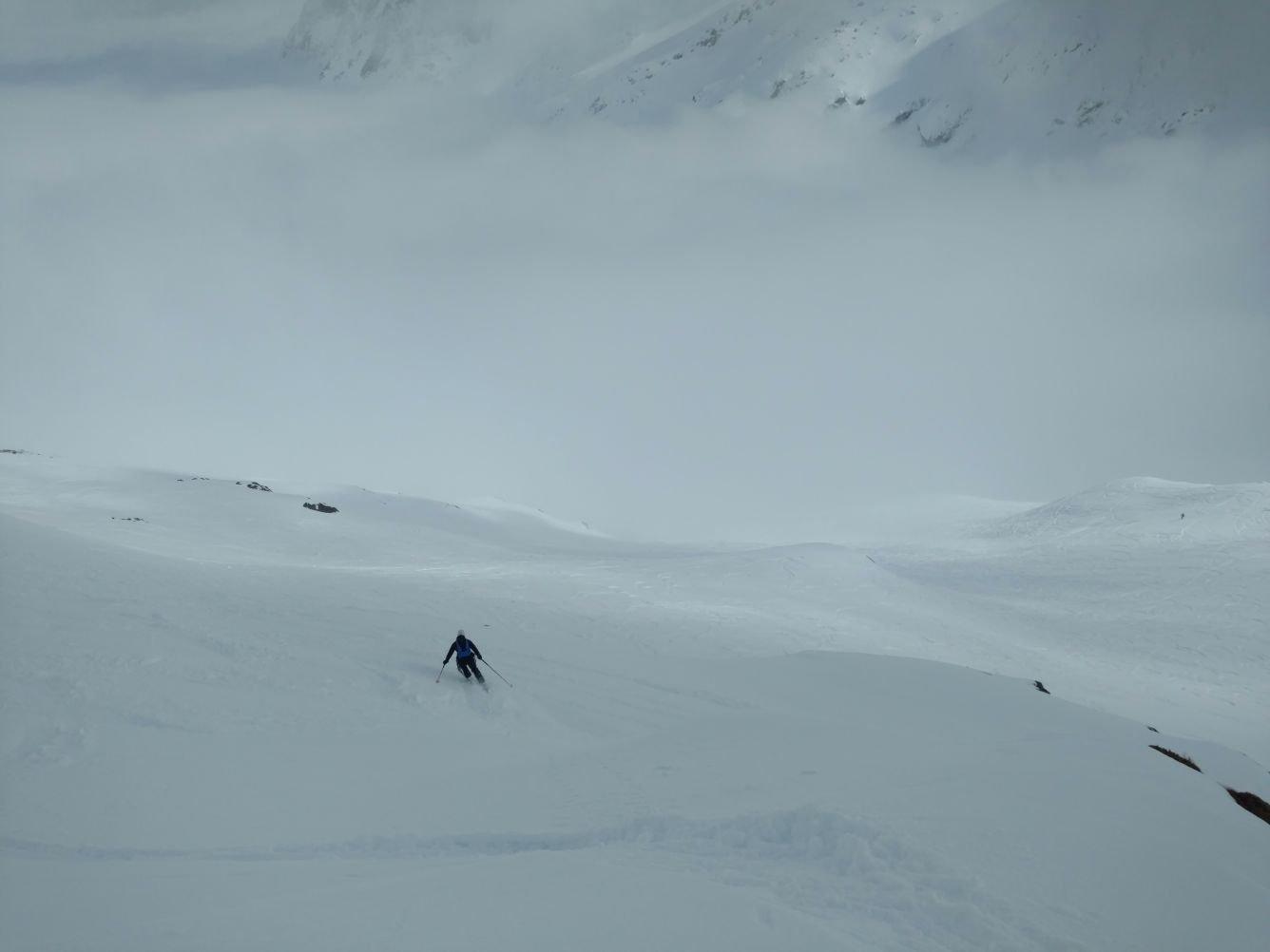 Nebbione nel fondo valle