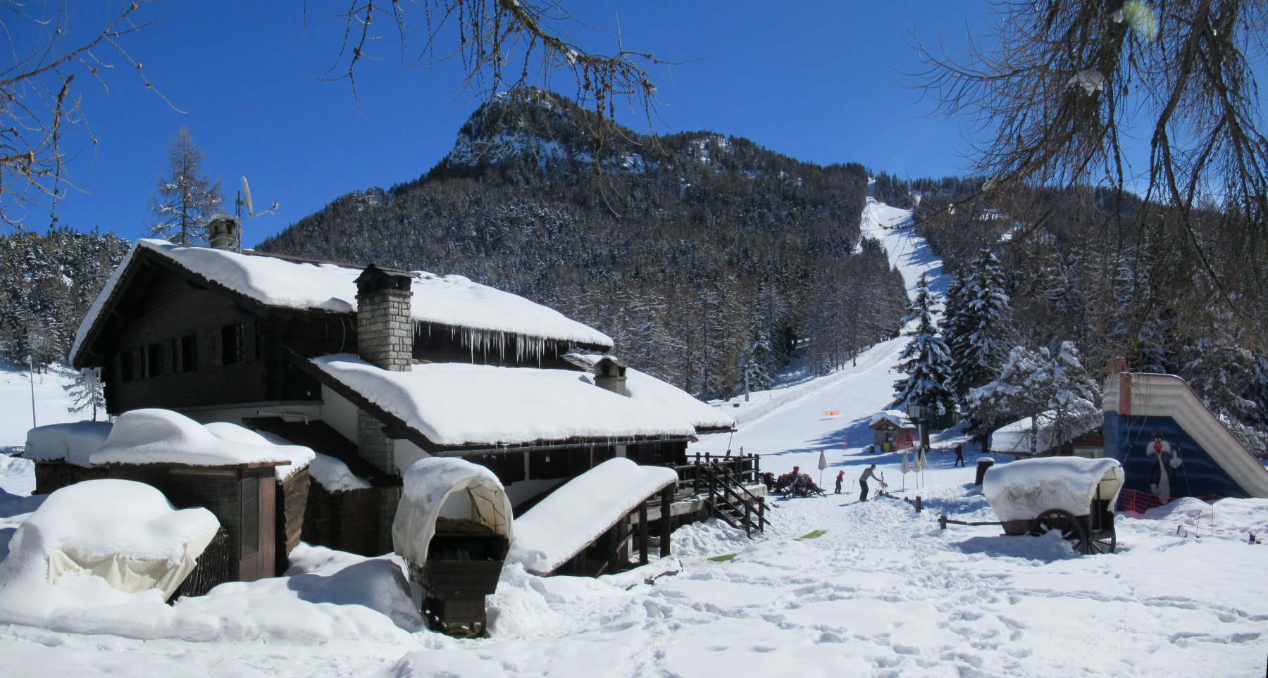 Hotel Etoile de Neige al Col de Joux
