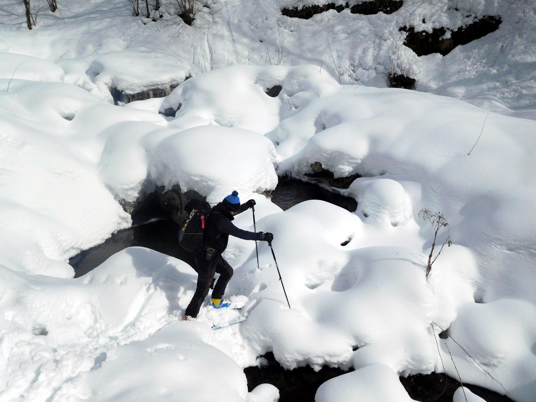 guado agevolato dalla neve abbondante