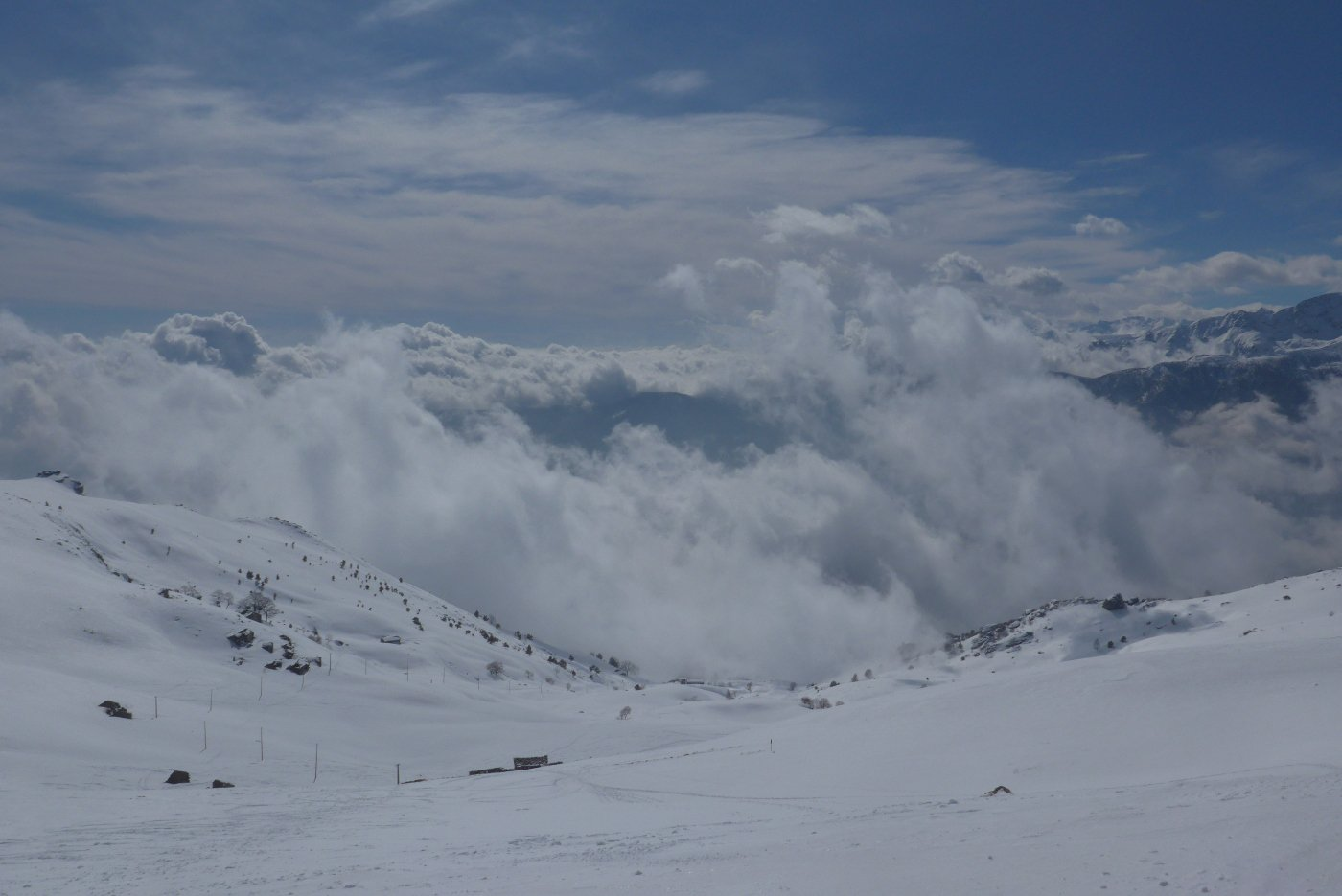 Le nuvole salgono