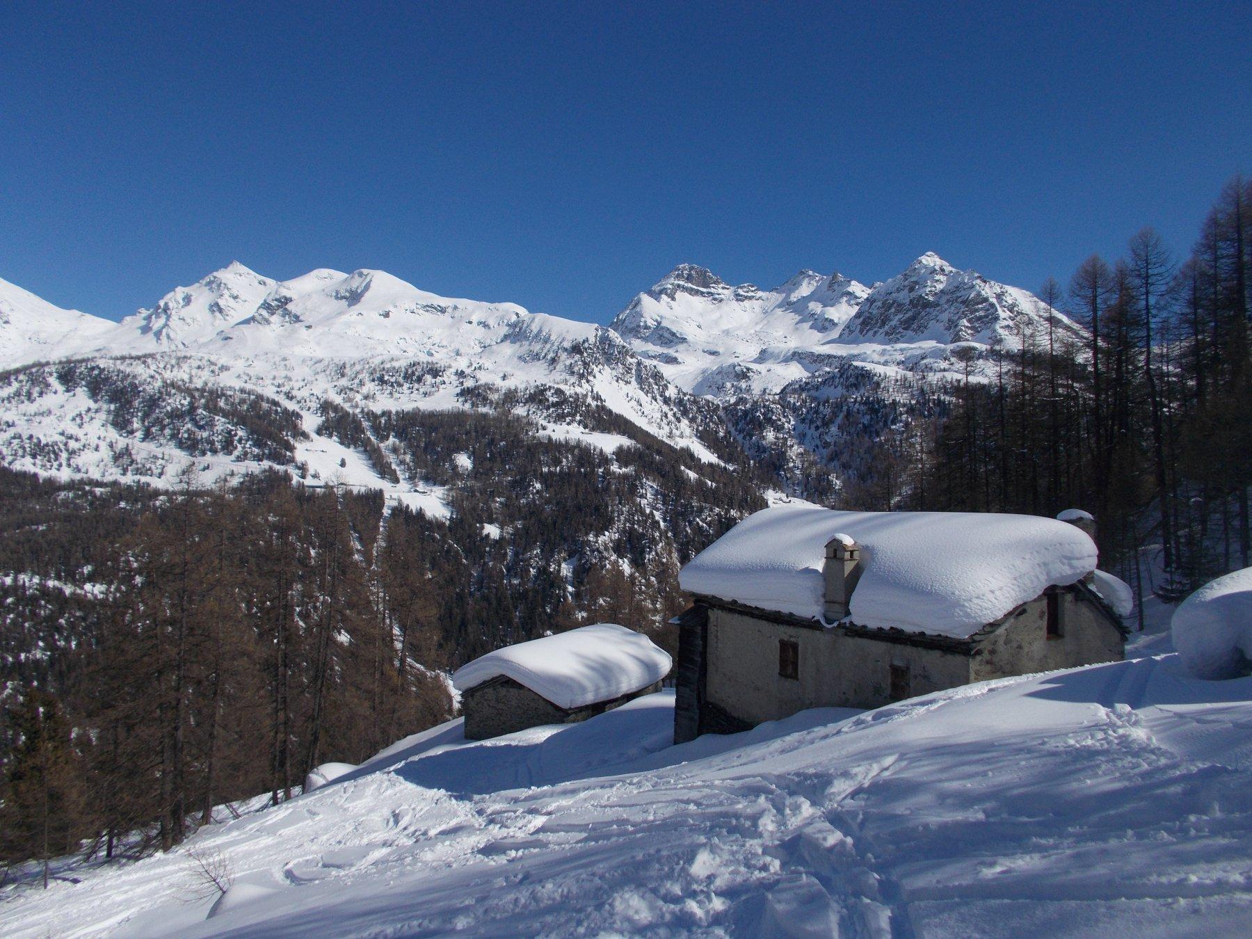 ancora tanta la neve..alle alpi inf. di Nana..