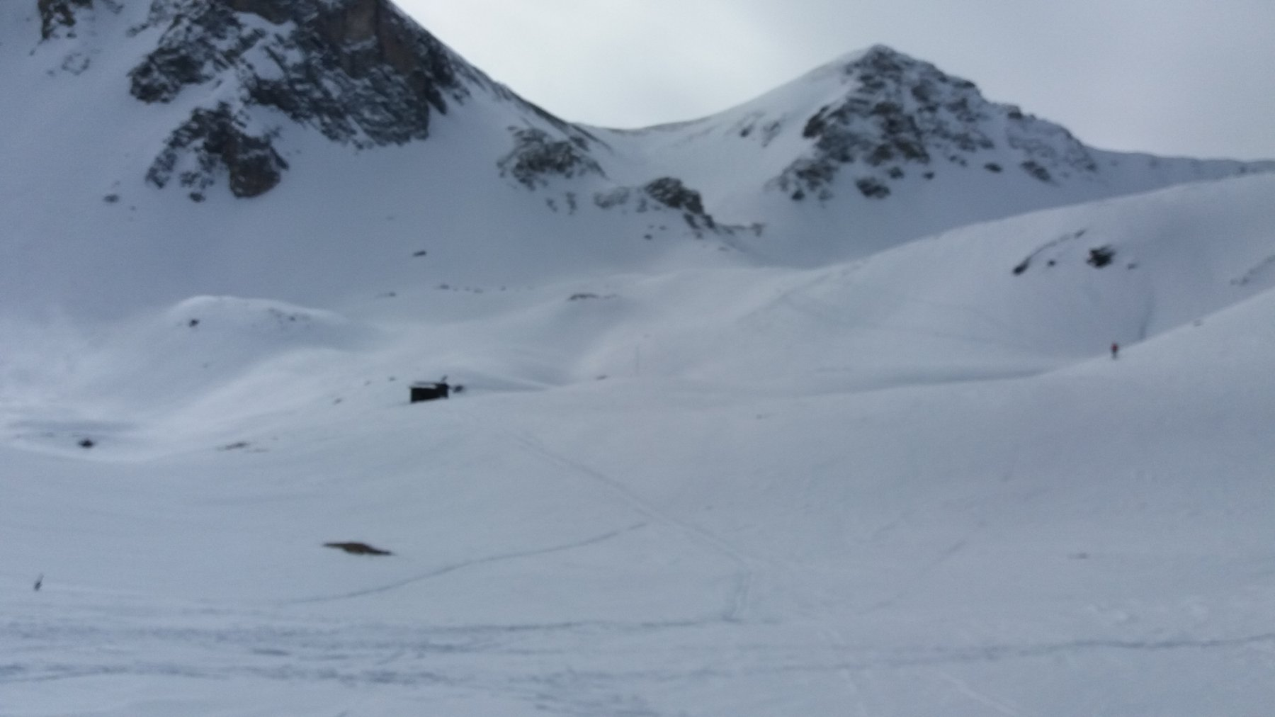 Discesa su Saretto con neve buona solo a tratti