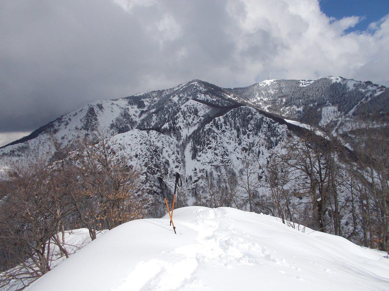 dalla cima ,vista su Monte Moro e Malanotte