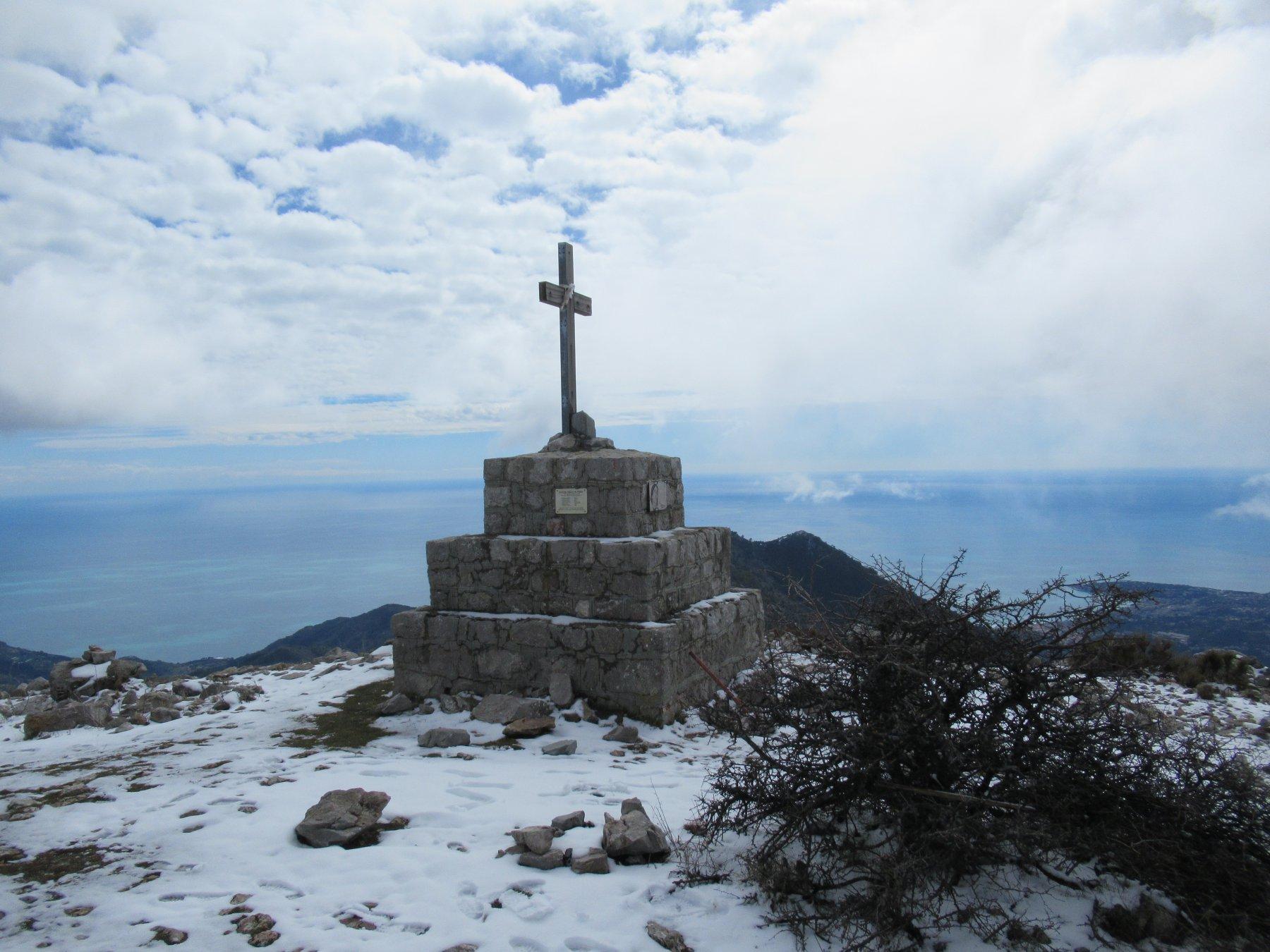 Monte Grammondo (m.1378).