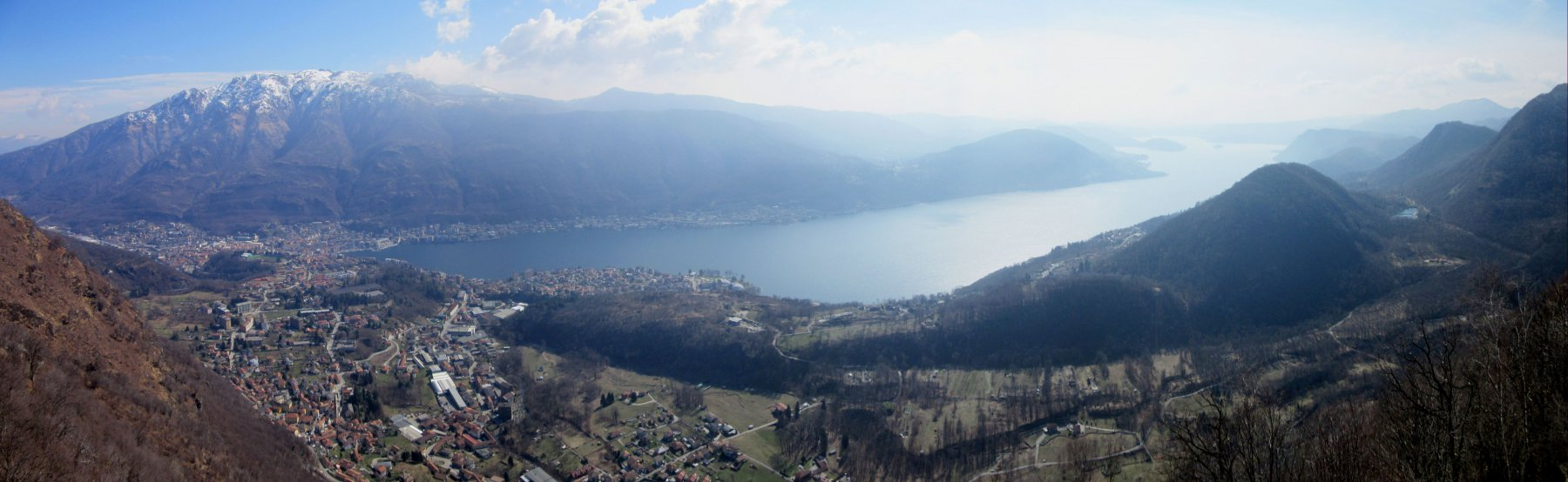 Spettacolare vista sul Lago d'Orta dal punto panoramico a Quarna Sopra