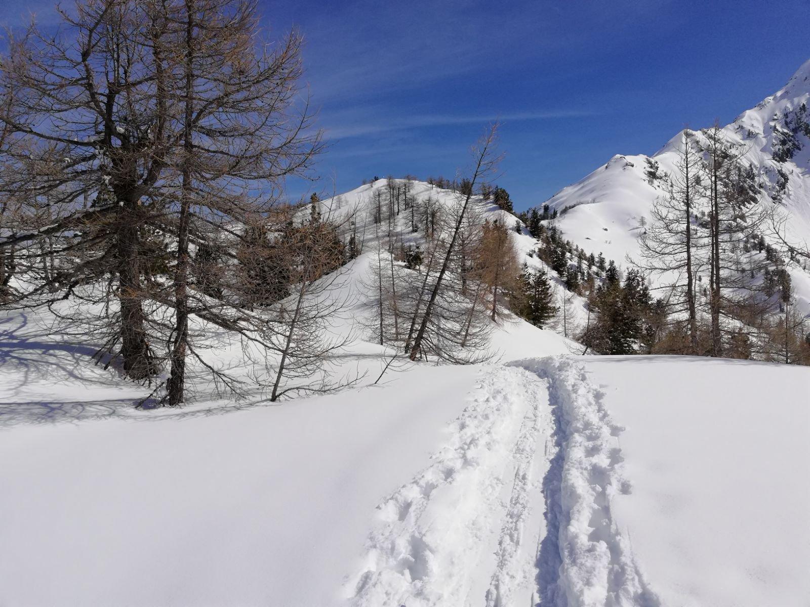 Leretta (Punta) e quota 2051 m da Pian Coumarial, anello 2018-03-22
