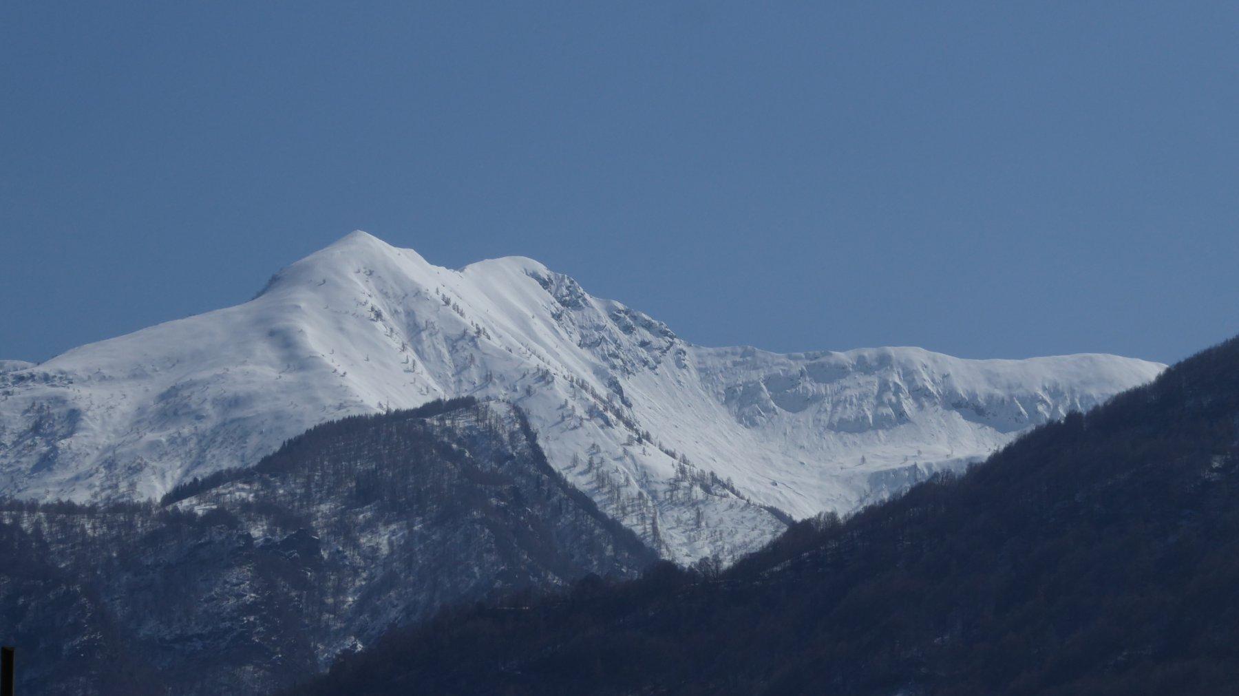 Zoom su Monte Cimeron e l'alta Val Fredda