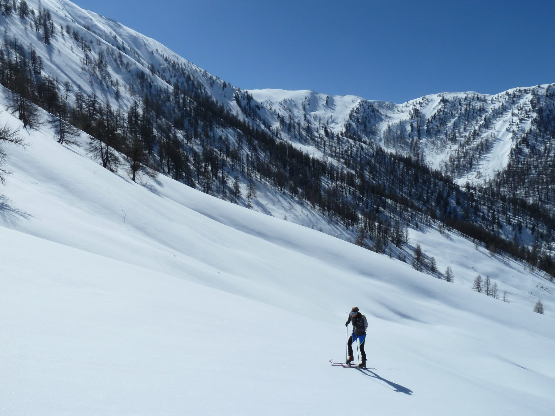 salendo verso la cresta des Mastretas su neve portante