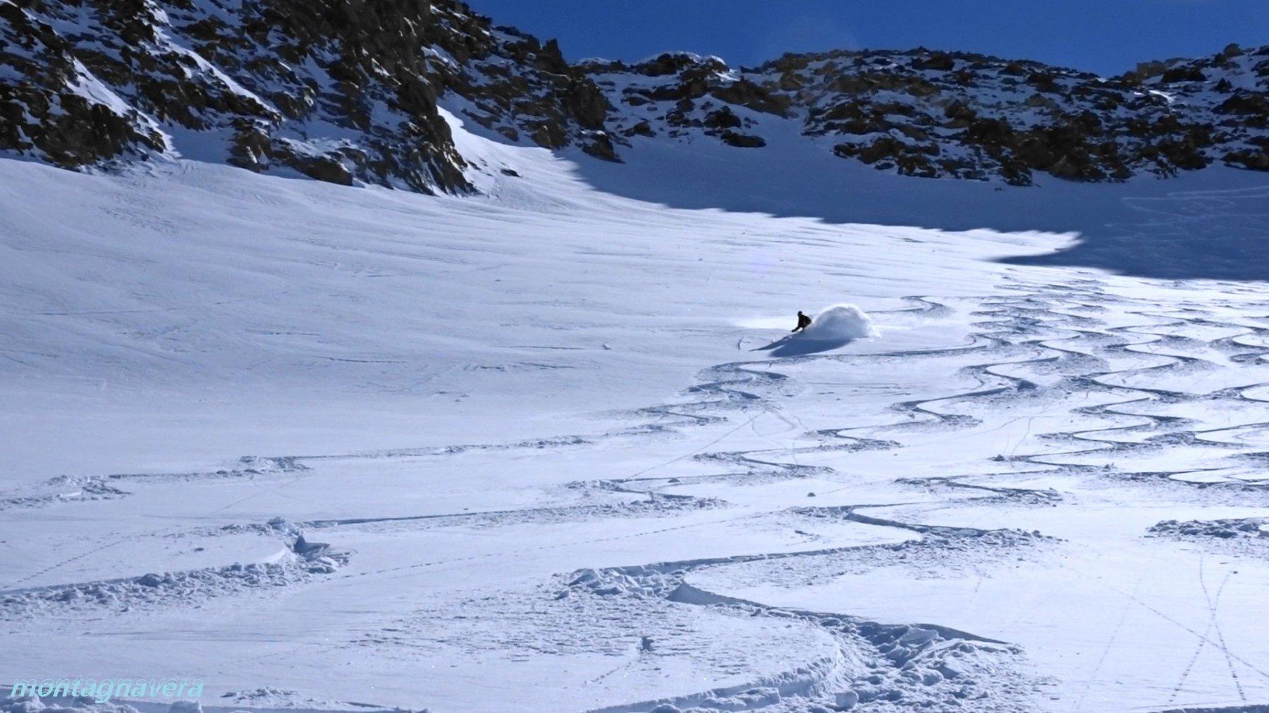 fotogramma da video sul ghiacciaio 2900-3000m