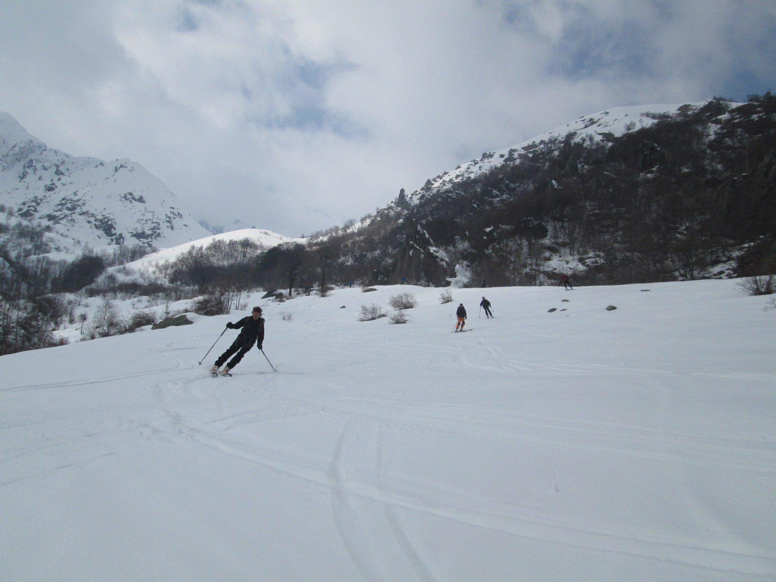 neve trasformata in basso...divertente e ben sciabile
