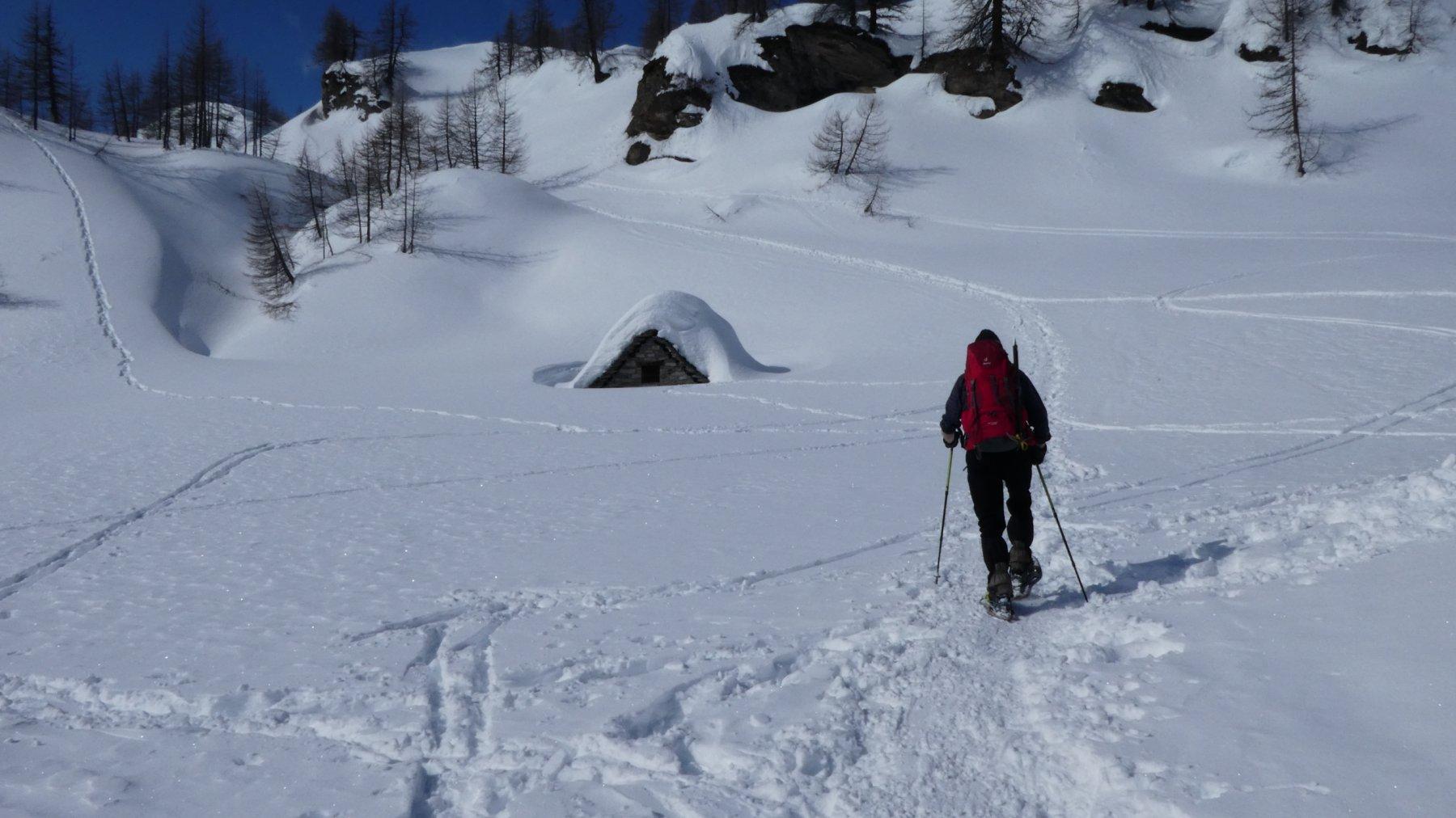 alpeggi Curt del Vel immersi nella neve