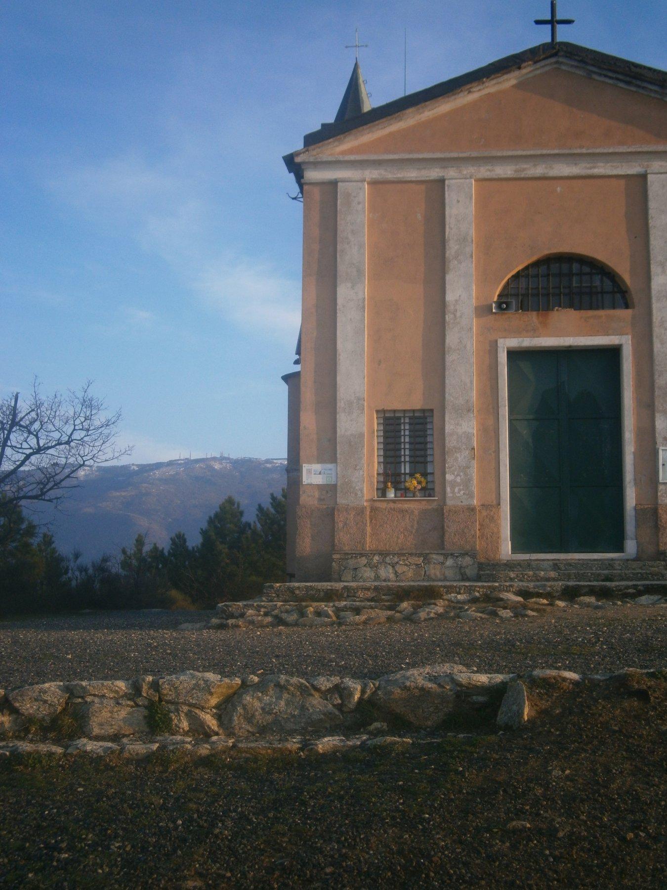 Santuario, sfondo m.Beigua