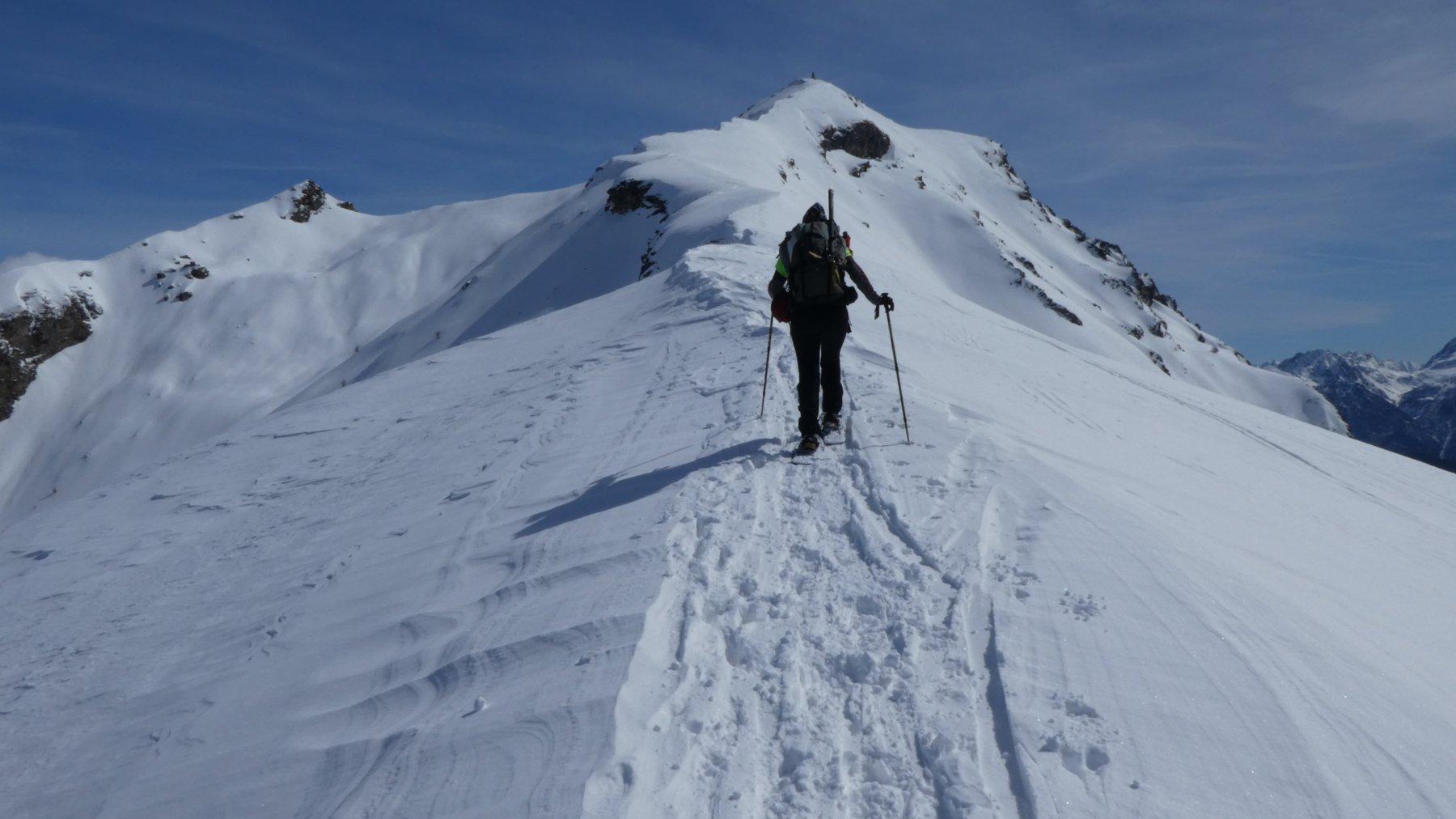 salendo la parte alta della cresta Ovest dalla quota 2450 m