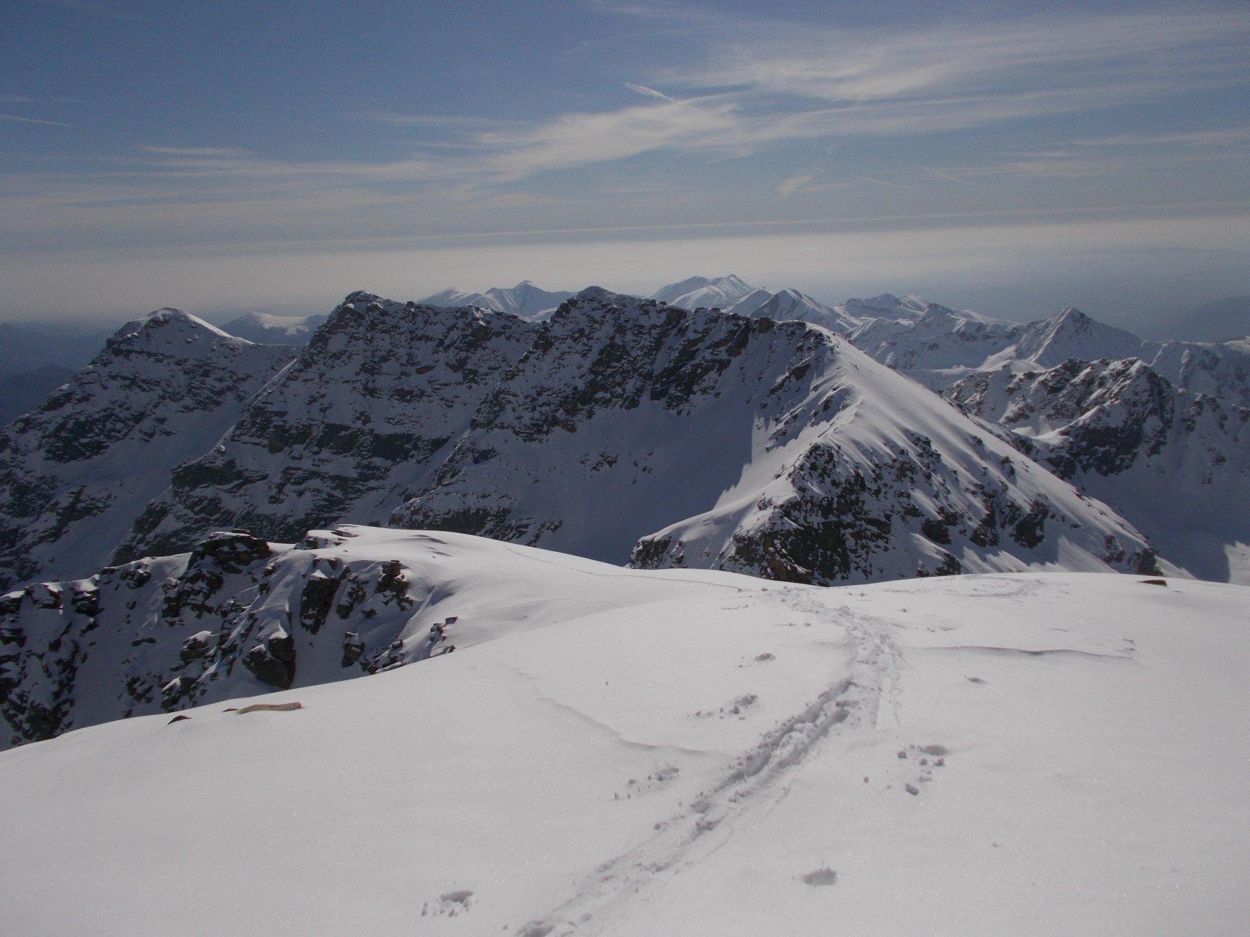 dalla Cima Giardonera..alle spalle il monte Tovo..
