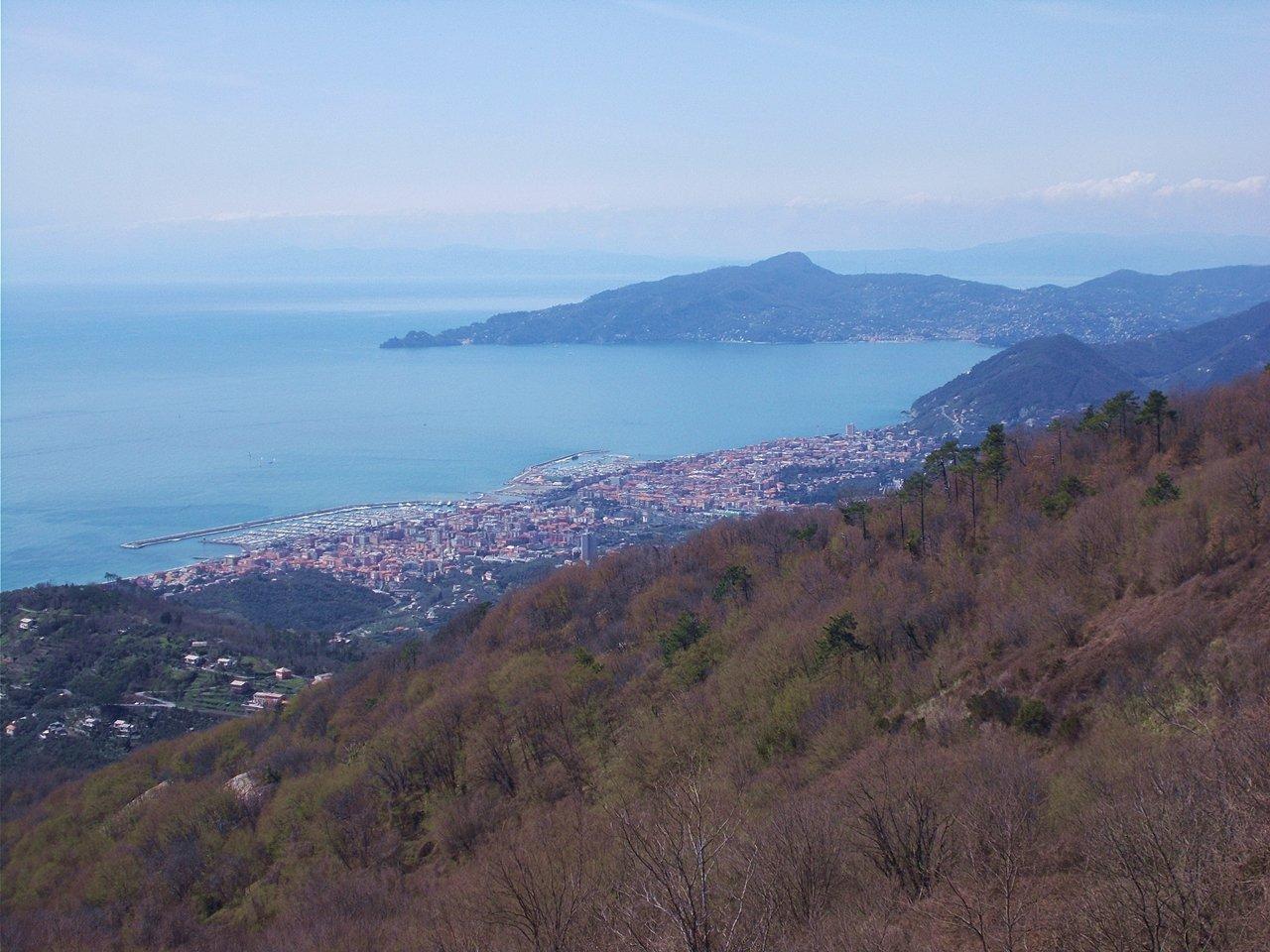vista su Chiavari  e Monte di Portofino dal M.Capenardo