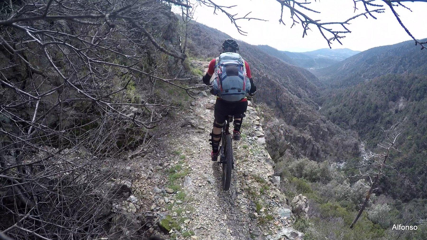 Gava (Passo della) da Arenzano 2018-04-14