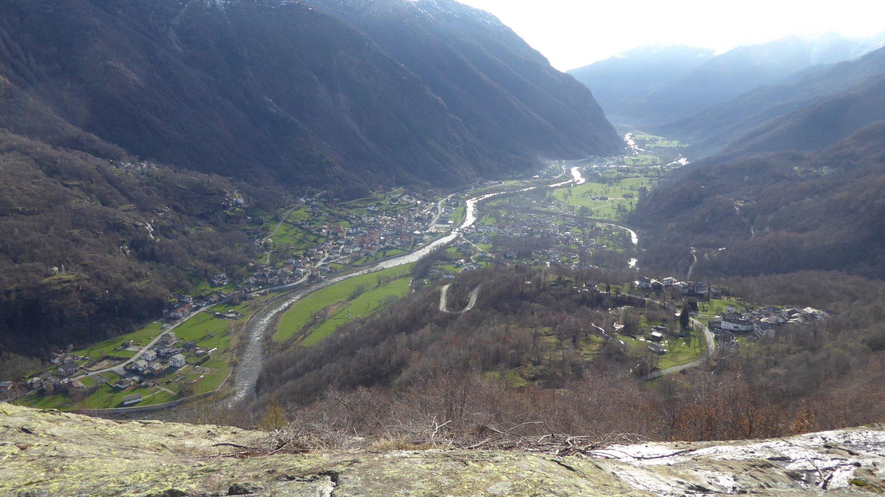 Vista su Montigli e Locana