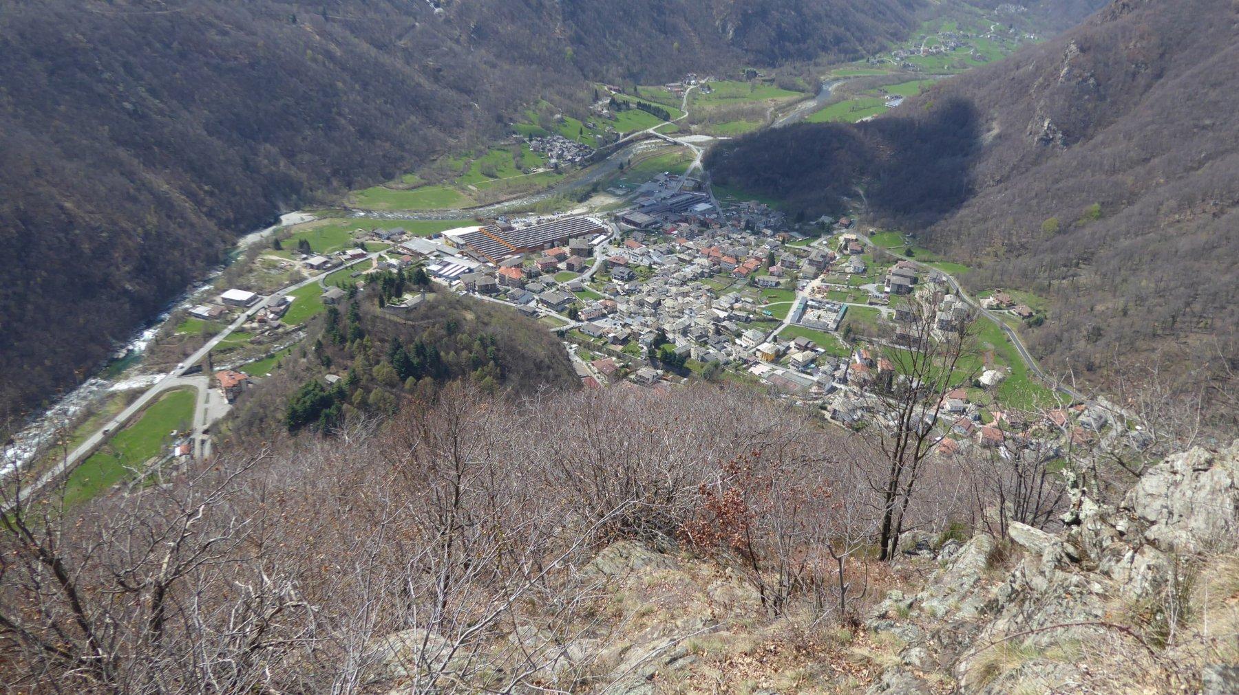 Panorama su Sparone, dai pressi del Pian Bert