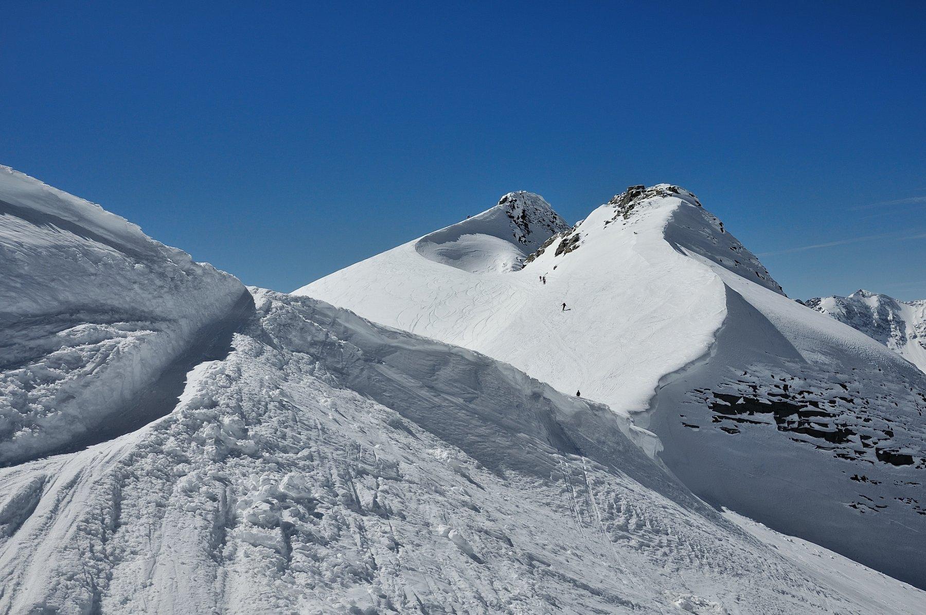 Passaggio della cornice al Breithornpass e cima sullo sfondo