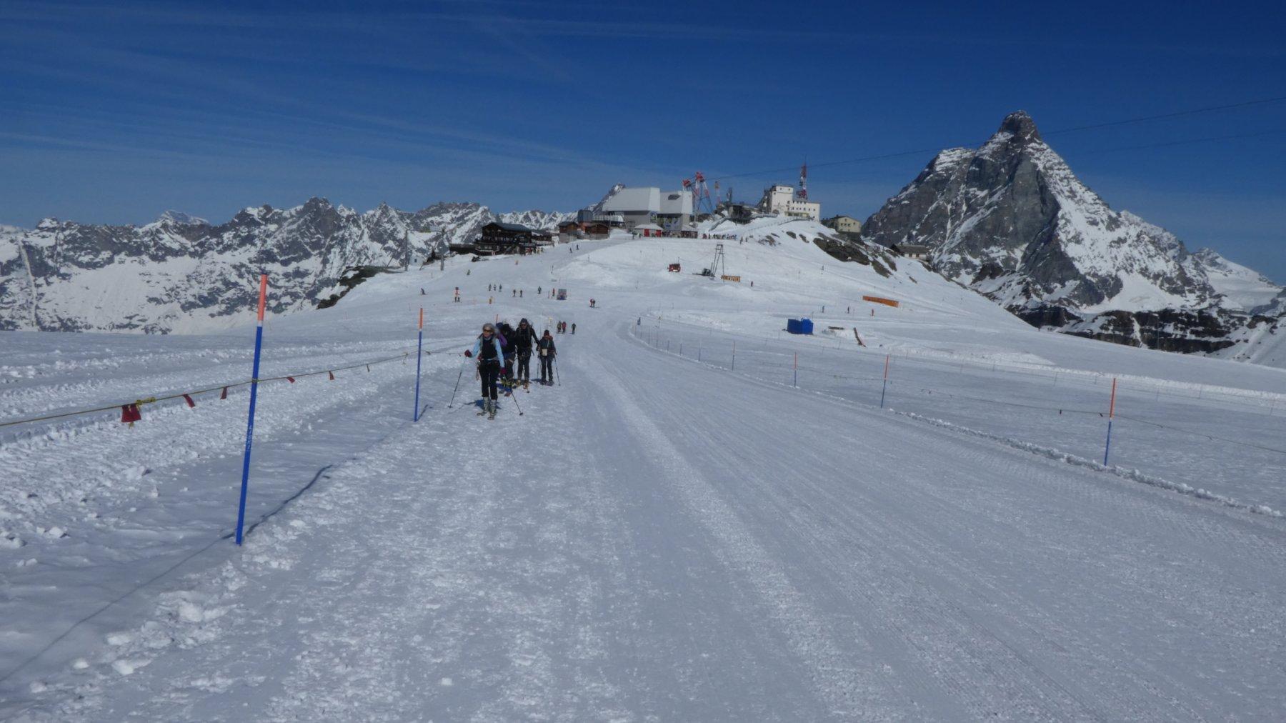 Plateau Rosà Cervino e Dent d'Herens come degno sfondo