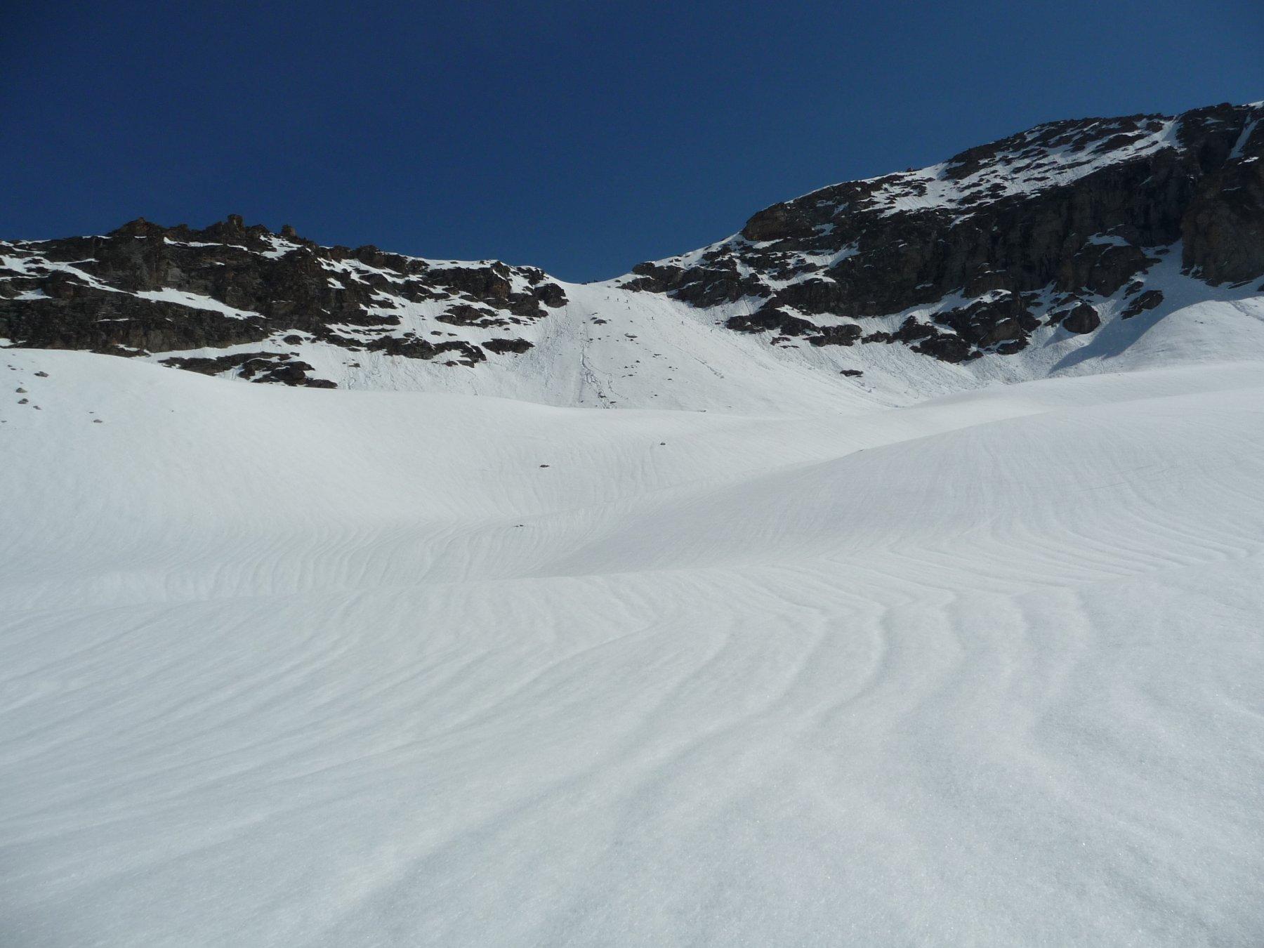 Pendio che porta al ghiacciaio Grand Neyron
