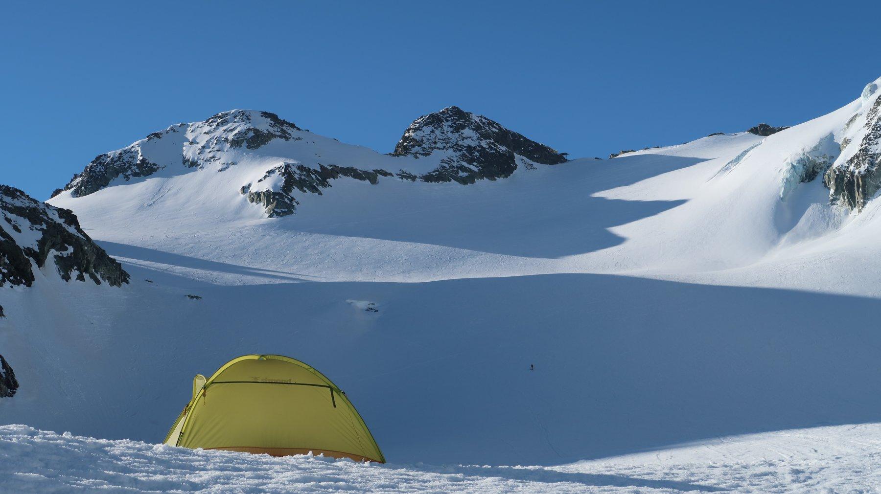gli ampi pendii del Glacier de Pièce