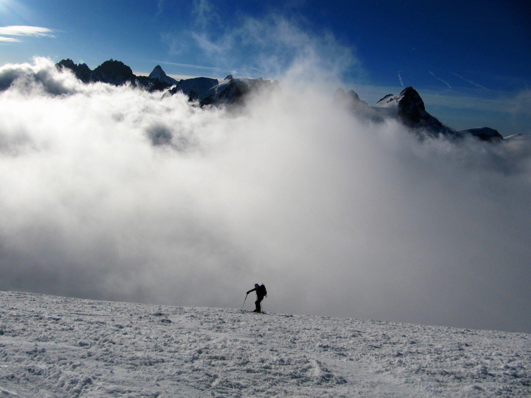 Usciti dalle nuvole, il grandioso panorama che si può ammirare
