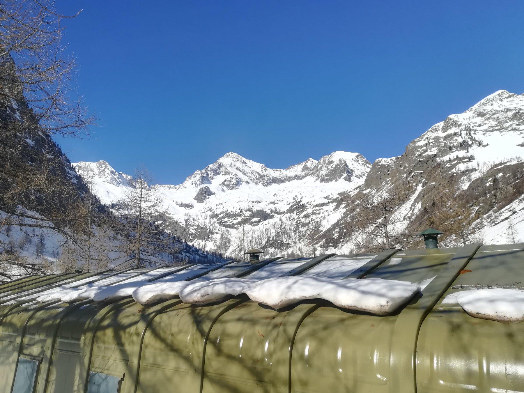 Ambiente invernale al valasco
