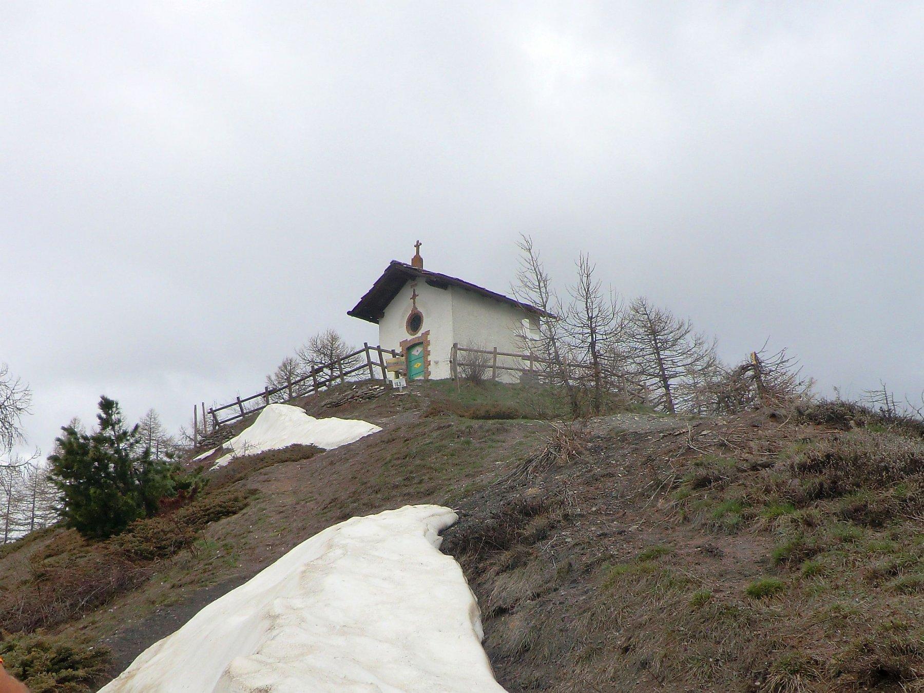 cappella dal sentiero di cresta