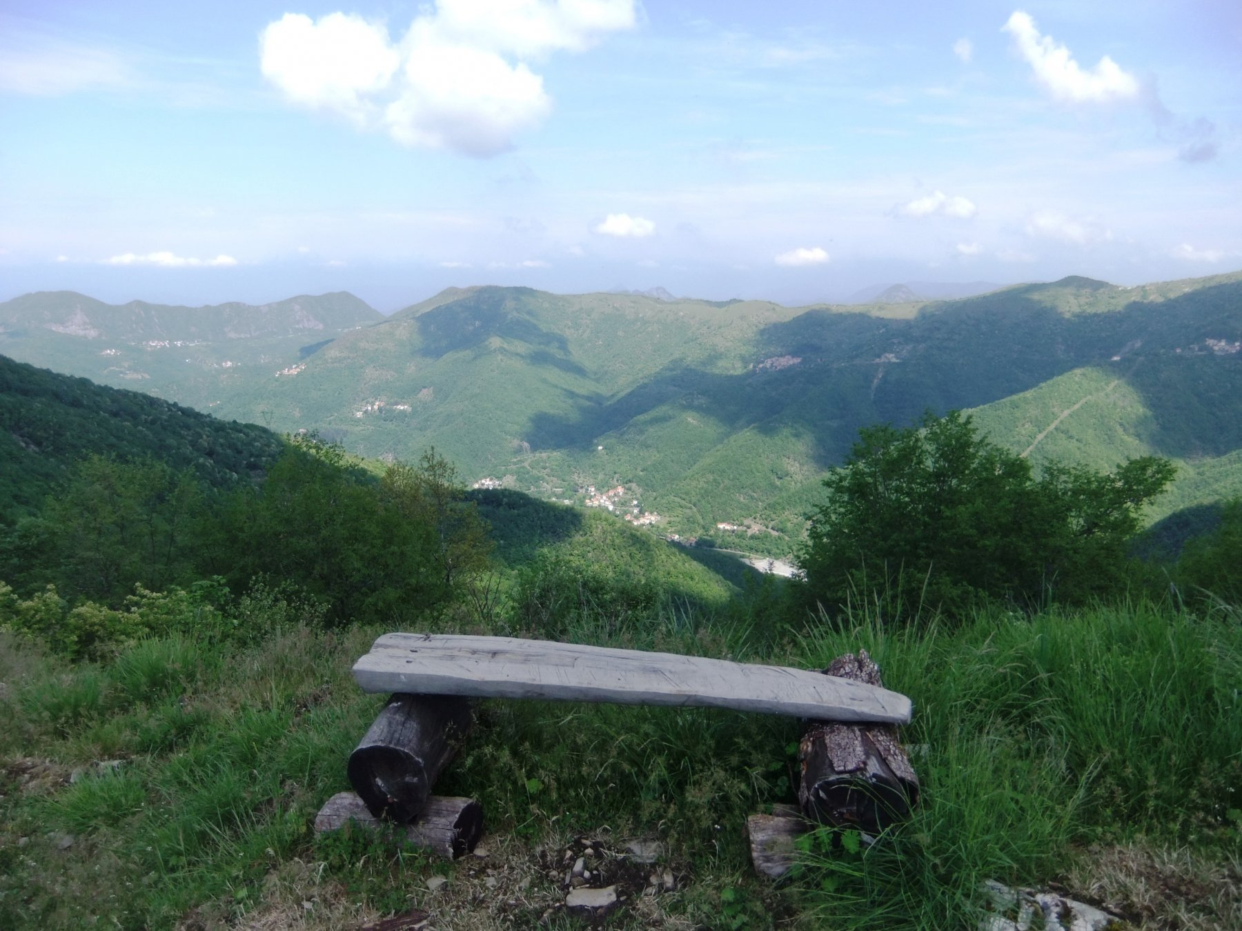 Dal Liprando verso la Val Brevenna