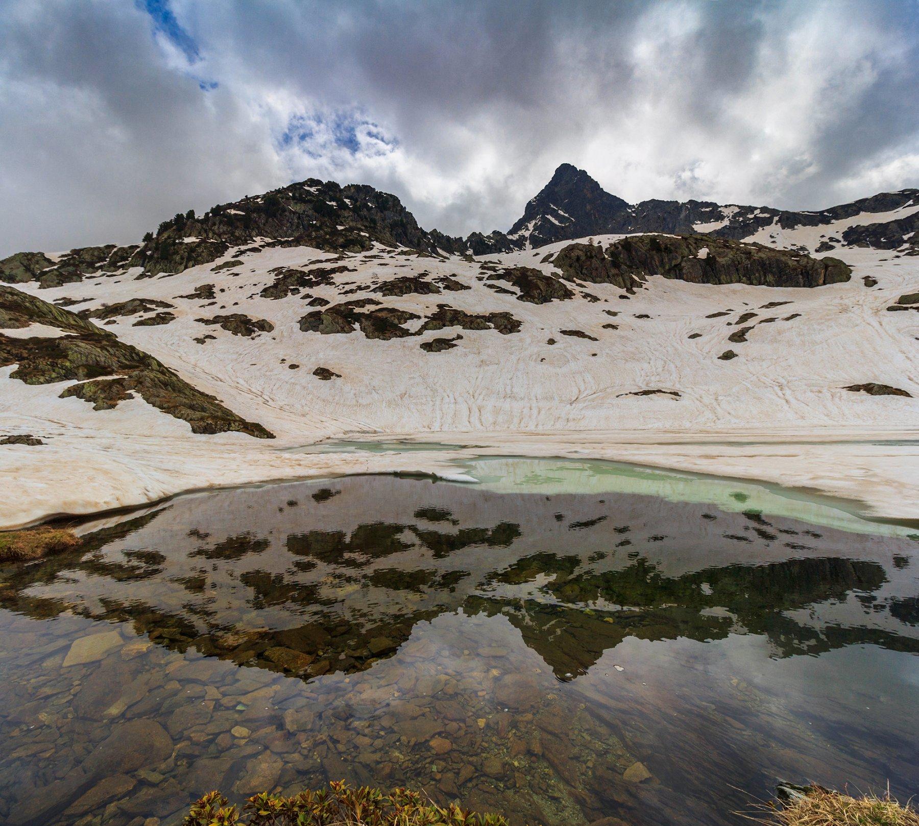 Il lago inferiore del Frisson