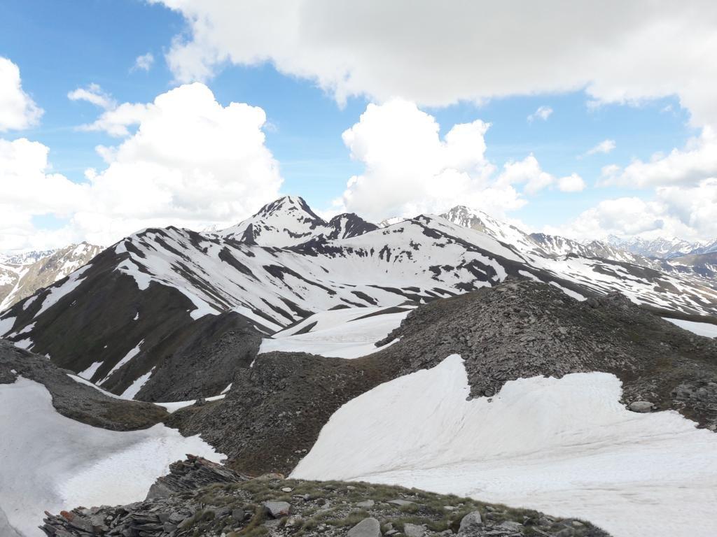Verso Punta Rossa ed il Monte Fallere