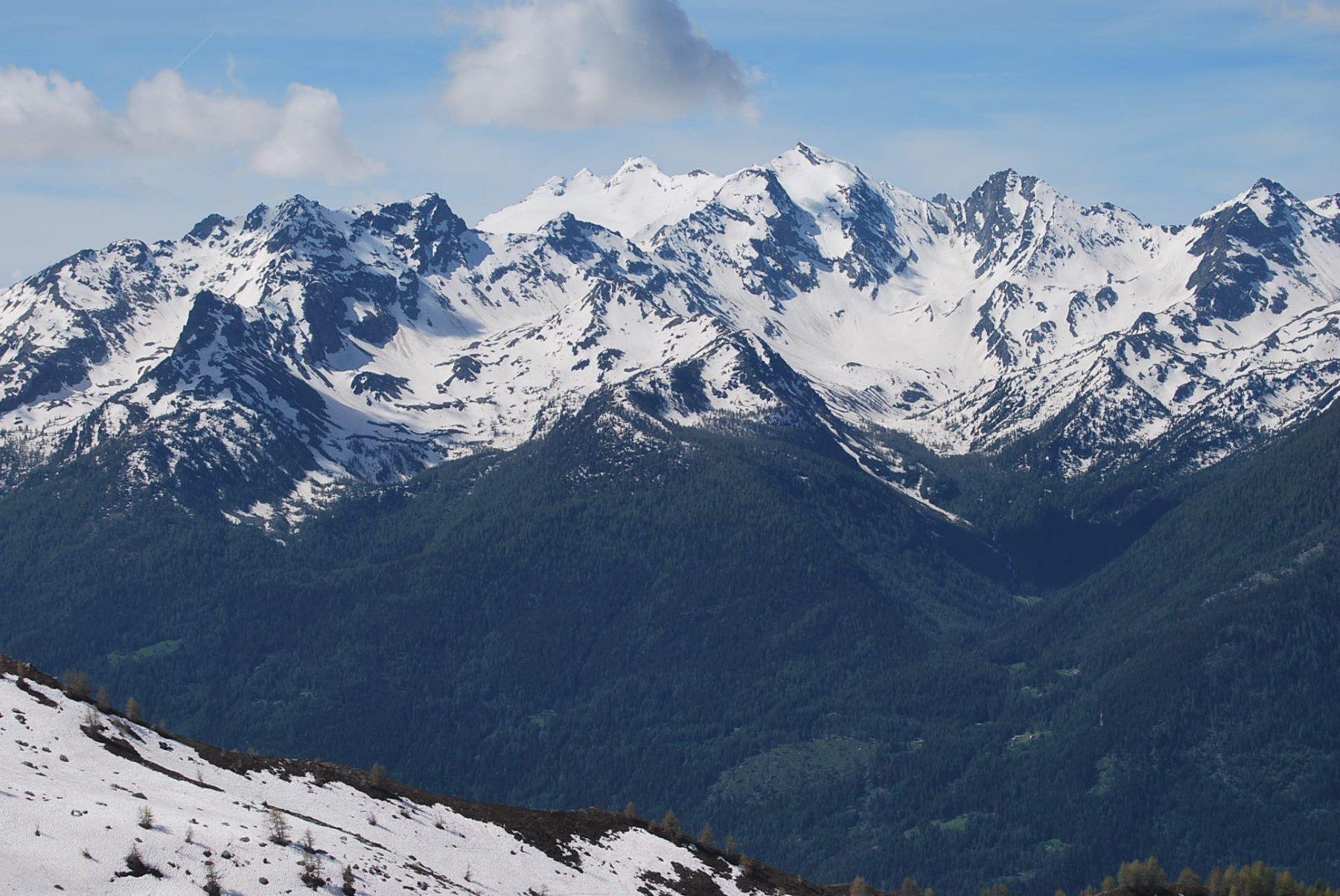 I Valloni di Tillac e d'En Haut visti dal Tramaglio. Il Mont Valettaz può attendere ….