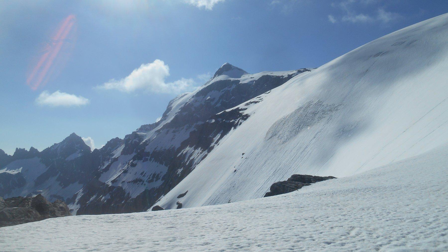 La paretina di ghiaccio detta (Iswandii) e l'anticima del Clariden