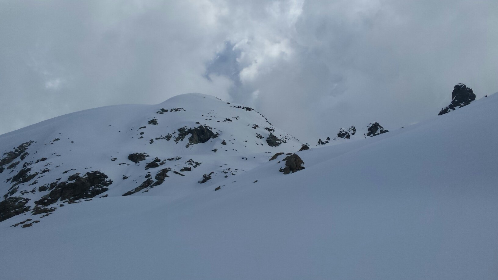 colle Tzan versante Bionaz e la punta sud del Dome di Tsan